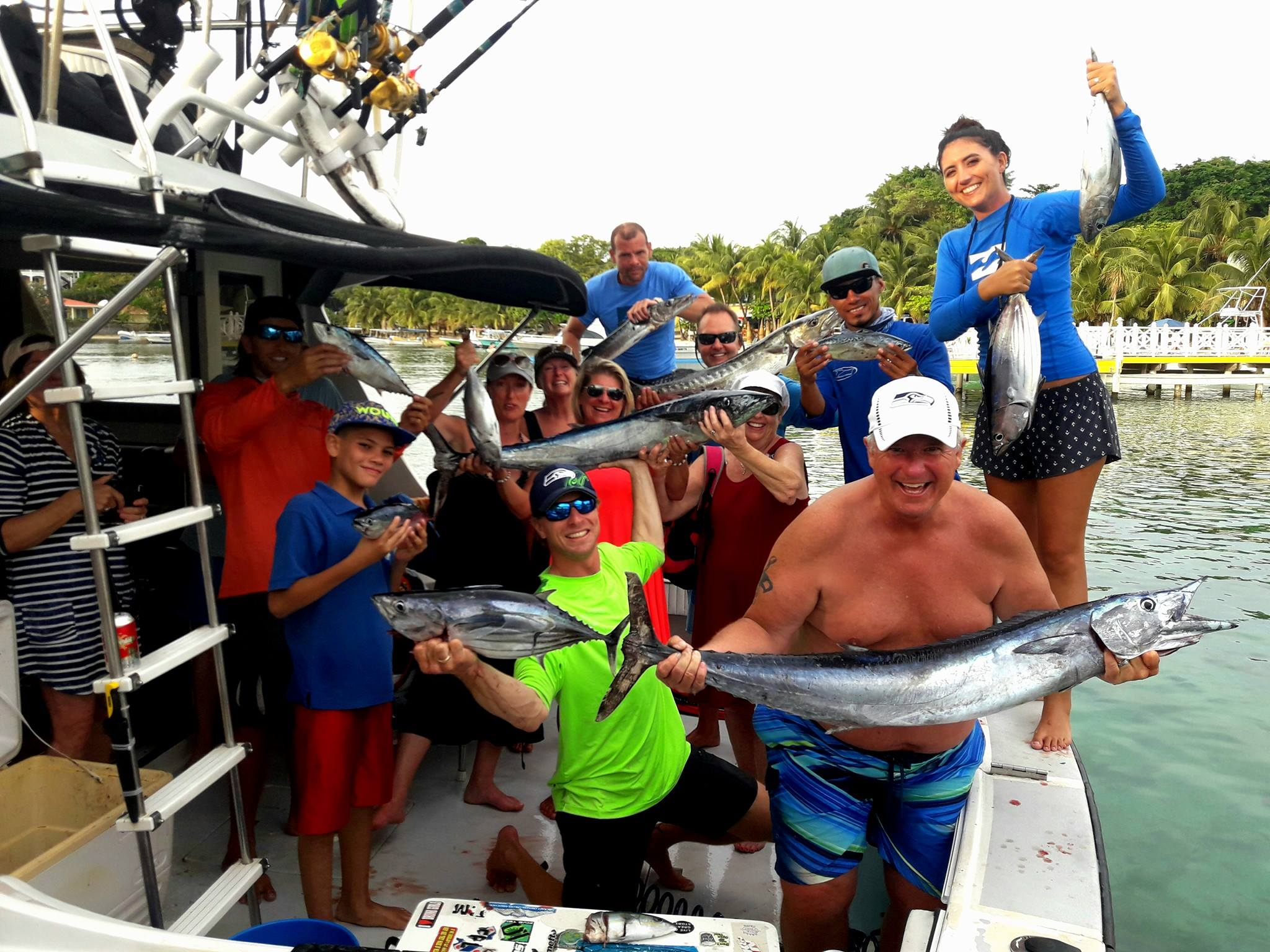 Ruthless Roatan best crew private boat.jpg