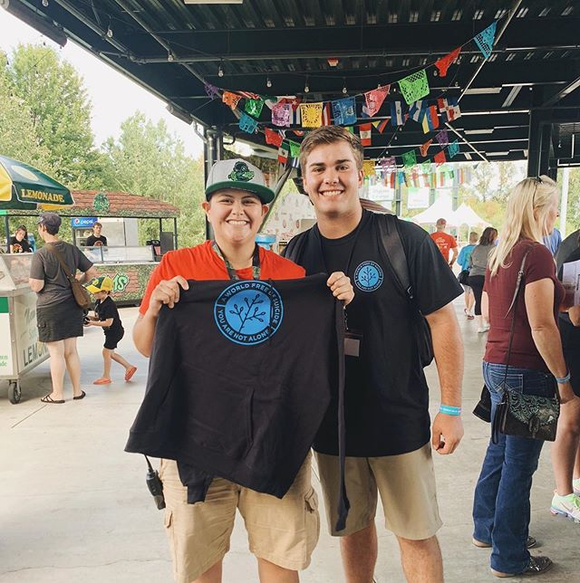 "This #YouthDay join us in celebrating Carson Lydon, a 16-year-old with a mission to educate and advocate for those struggling with mental health challenges. • This last weekend, Carson's nonprofit @aworldfreeofsuicide joined forces with the @eugeneemeralds to spread awareness and raise money to help ""Stomp out Suicide!"" The event was a huge success and raised $3,600 for @theyouthera and @whitebirdclinic • We are inspired by Carson's dedication to bringing awareness to youth mental health, and we can't wait to see what he does next!"