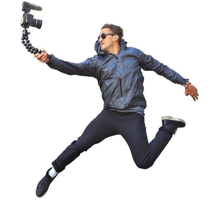 http://gadgets.bzzz.blog/2017/06/23/vlog-like-a-pro-casey-neistats-camera-gear-and-setup/?lang=en