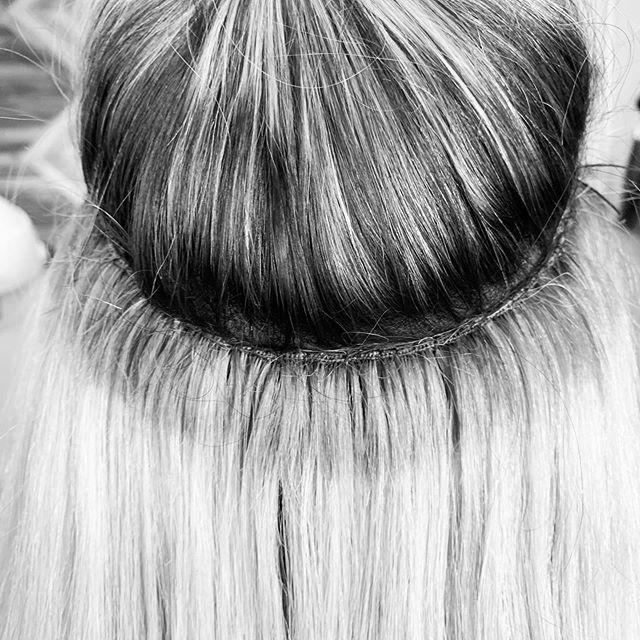 #handtiedextensions #lakemaryhairstylist #winterparkhair #orlandohairextensions #lakemaryextensions #handtiedextensions #habitextensionmethod #hairextention #altamontehairstylist