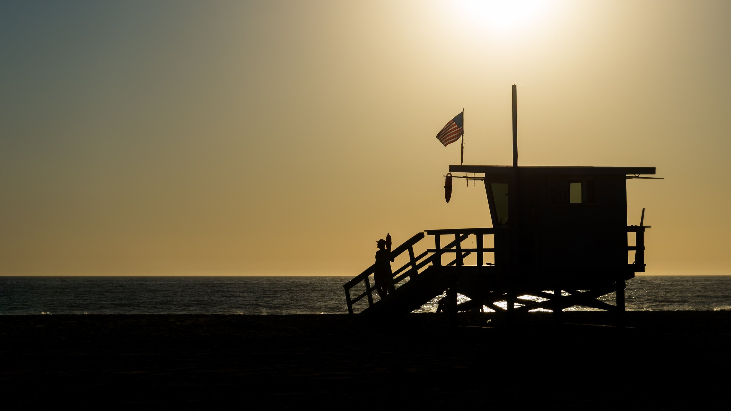 american-backlit-baywatch-745239.jpg