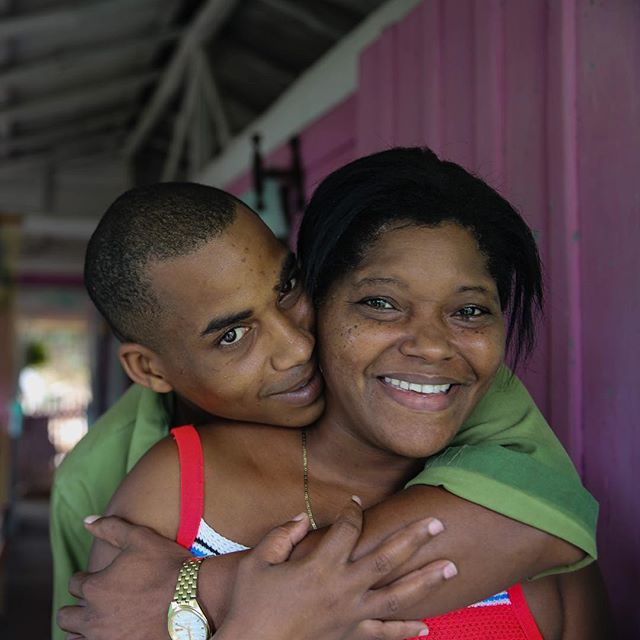 #love and #family are everything. Walkiria and her son keep farming the land of #moro #ruralcuba #snapshots