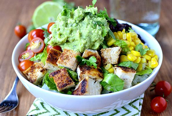chicken burrito bowl.jpg