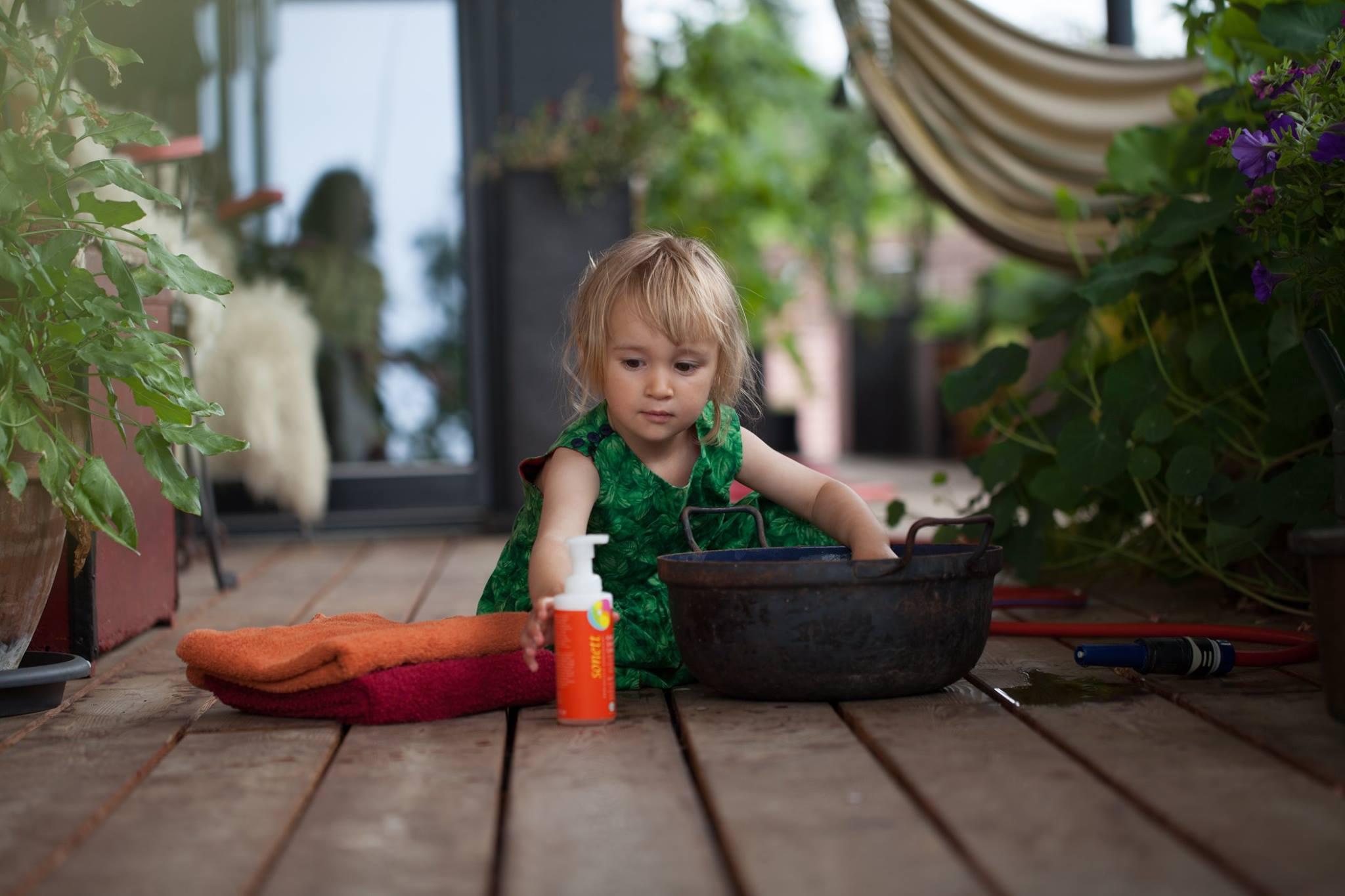 Kids love the foaming dispenser of Foam Soap Calendula
