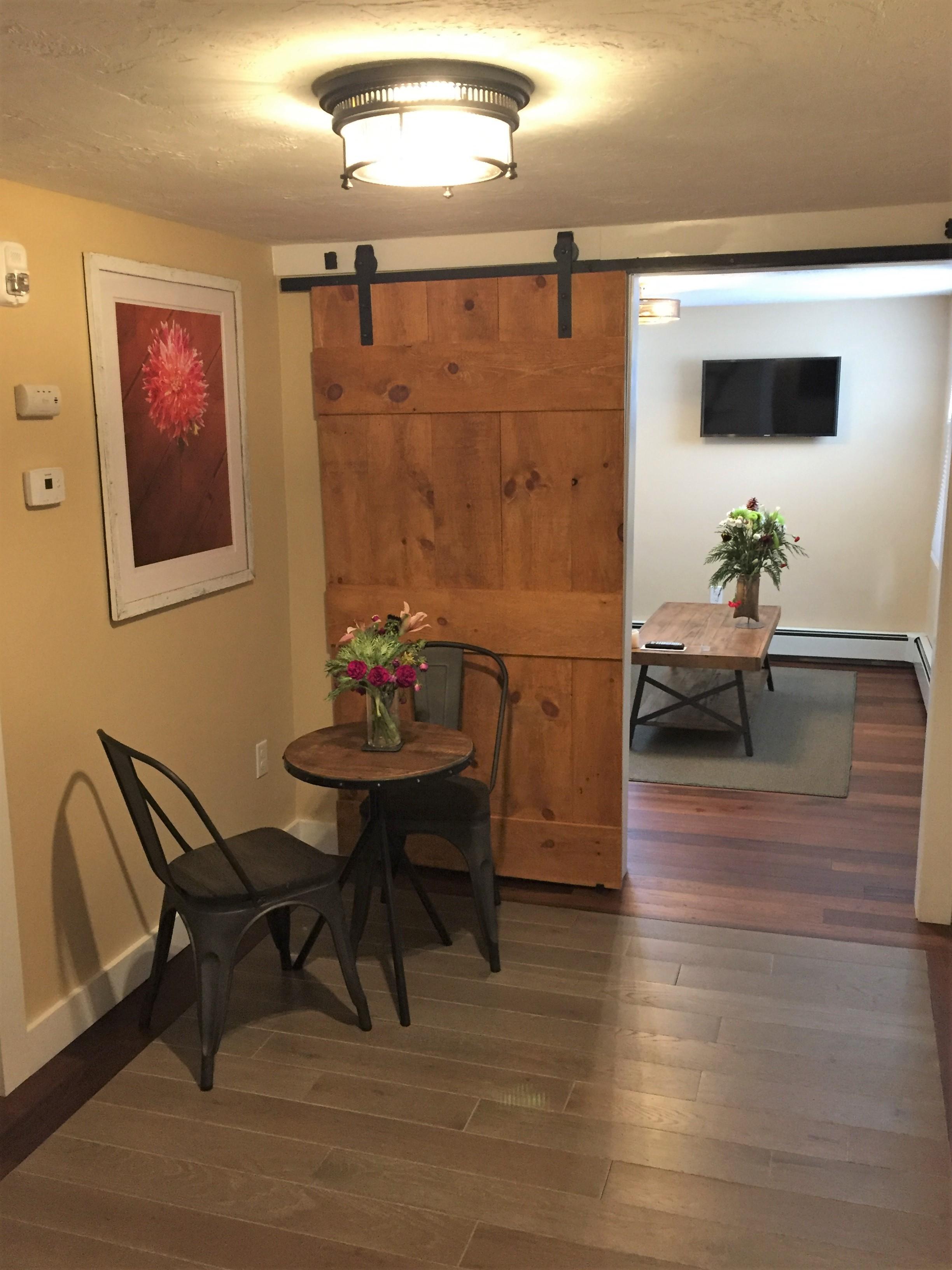 Sea Street Inn - Suite One - Entry.JPG