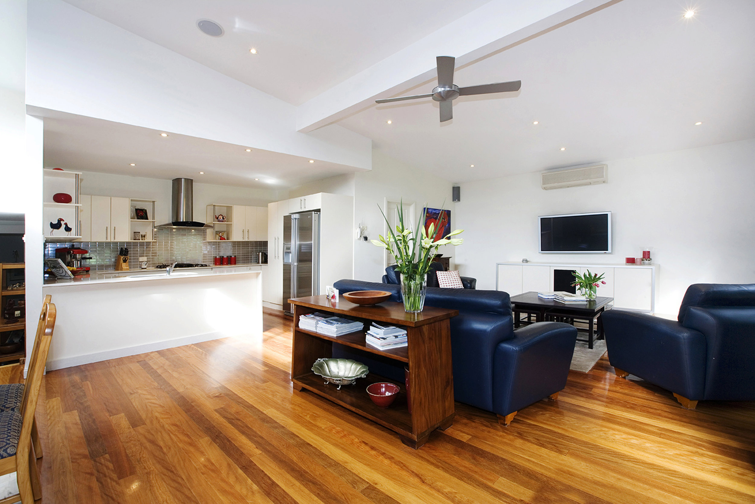 BRIEF - The clients of this home in Hunters Hill were looking to expand their small, dated cottage to accommodate their growing family, as well as to create a space that would allow them to entertain in a seamless indoor/outdoor setting.Our clients also wanted to renovate the internal and external of the house in order to create a more modern home that would add resale value, all the while maintaining its original cottage charm.The original drive and access-way to the house was also in need of a complete overhaul in order to make it more functional and useable.