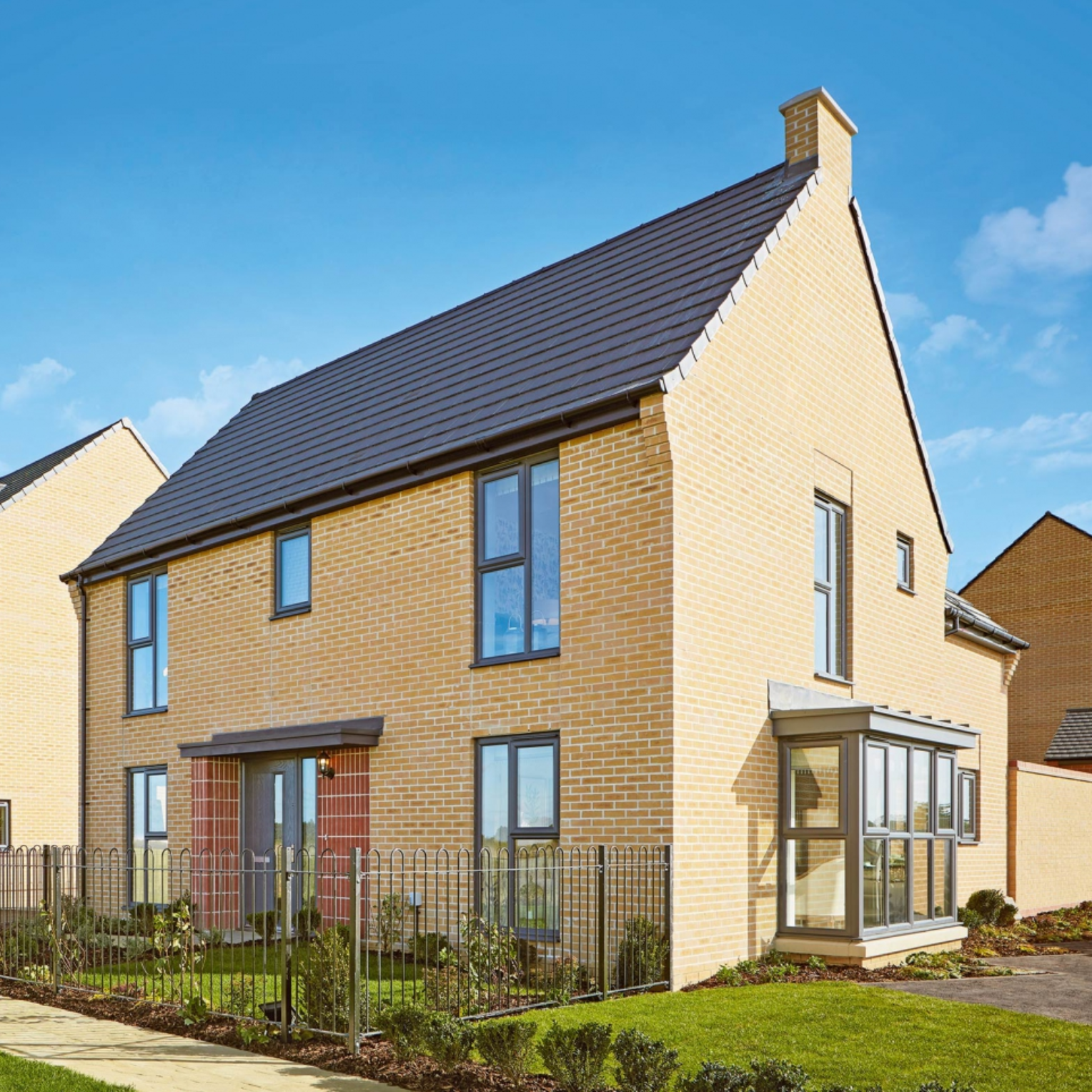 LINDENHOMES - 2, 3, 4 & 5 bedroom homes from£279,995 to £564,950