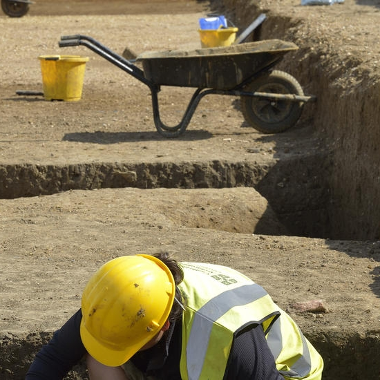 Cambridge Archaeology Unit hard at work, Northstowe archaeology (c) CAU.jpg