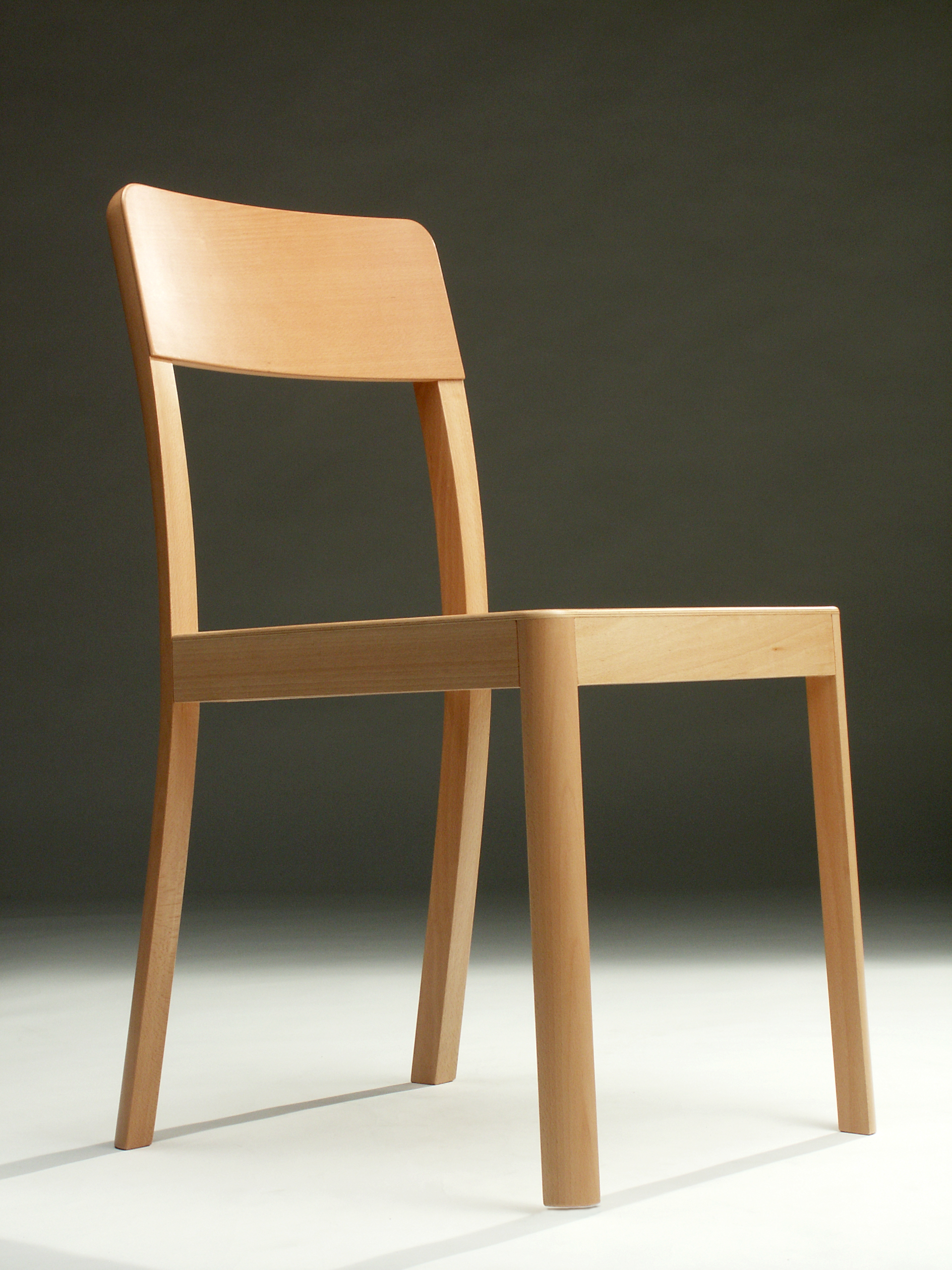 TheHome_Chair_photos_woodenchair_4choosen_01.jpg