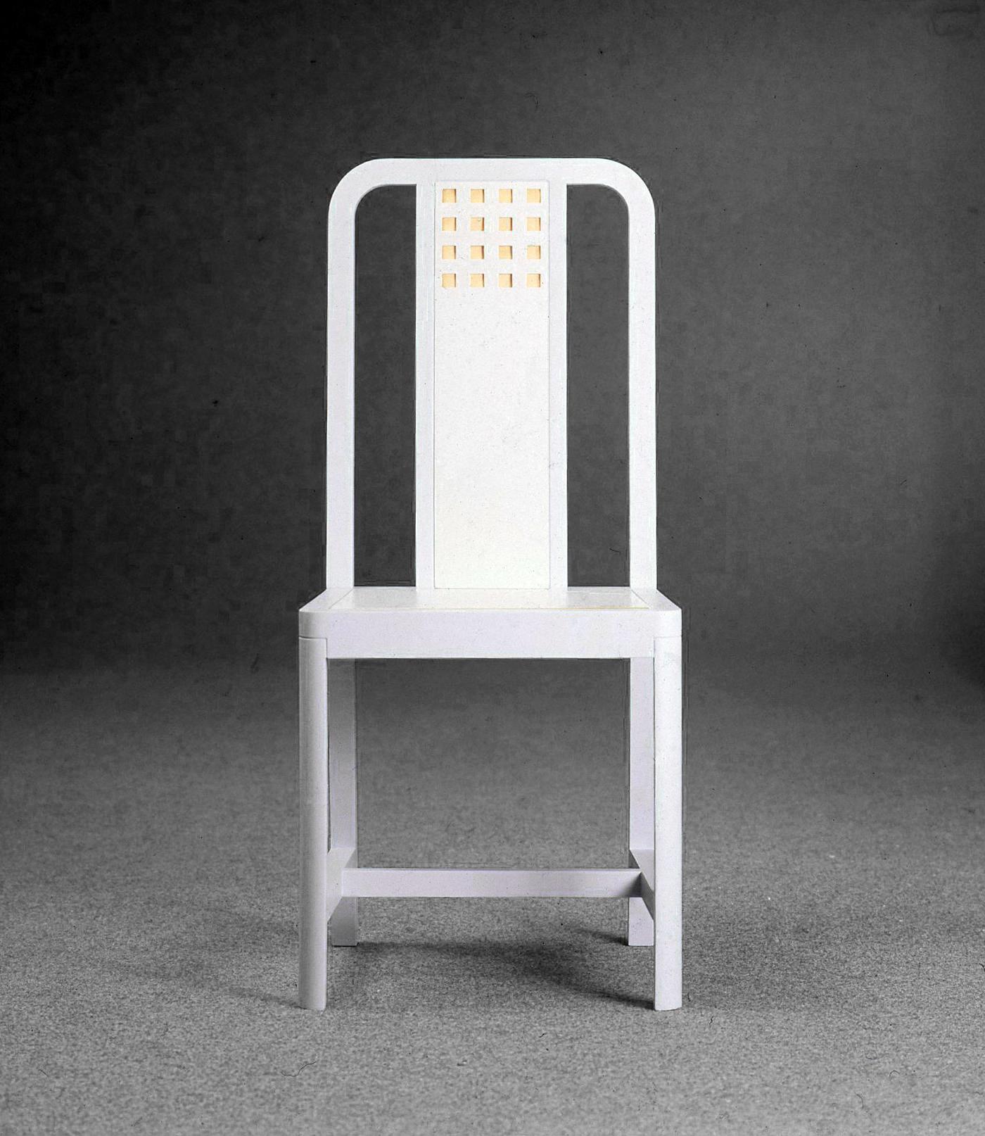 Familiar Chair, 1973