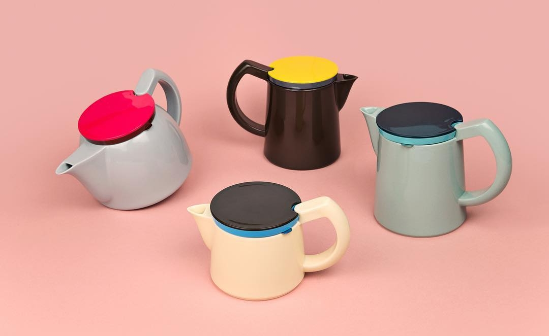 Teapots and coffee pots, HAY