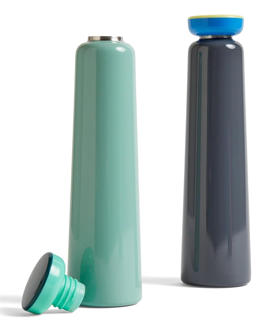Hay-Sowden-Bottle-Isolierflaschen-0-5-l-mint-und-grau.jpg