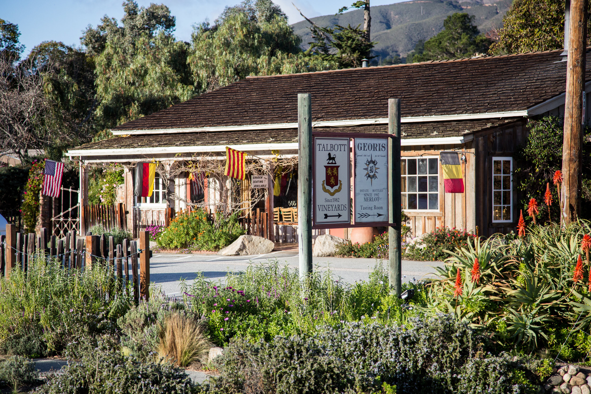 Restaurants - Only in Monterey County can food enthusiasts zip down the Big Sur coastline to have breakfast nestled beneath the redwoods and then have fresh local sanddabs for lunch while watching sea otters play below. The health conscious foodie will savor the produce straight from the fields of the Salinas Valley while patrons of French cuisine will adore the eateries of Carmel-by-the-Sea. Simply put, Monterey County's diverse food scene has someone to offer even for the pickiest of eaters. (Image from MCCVB )