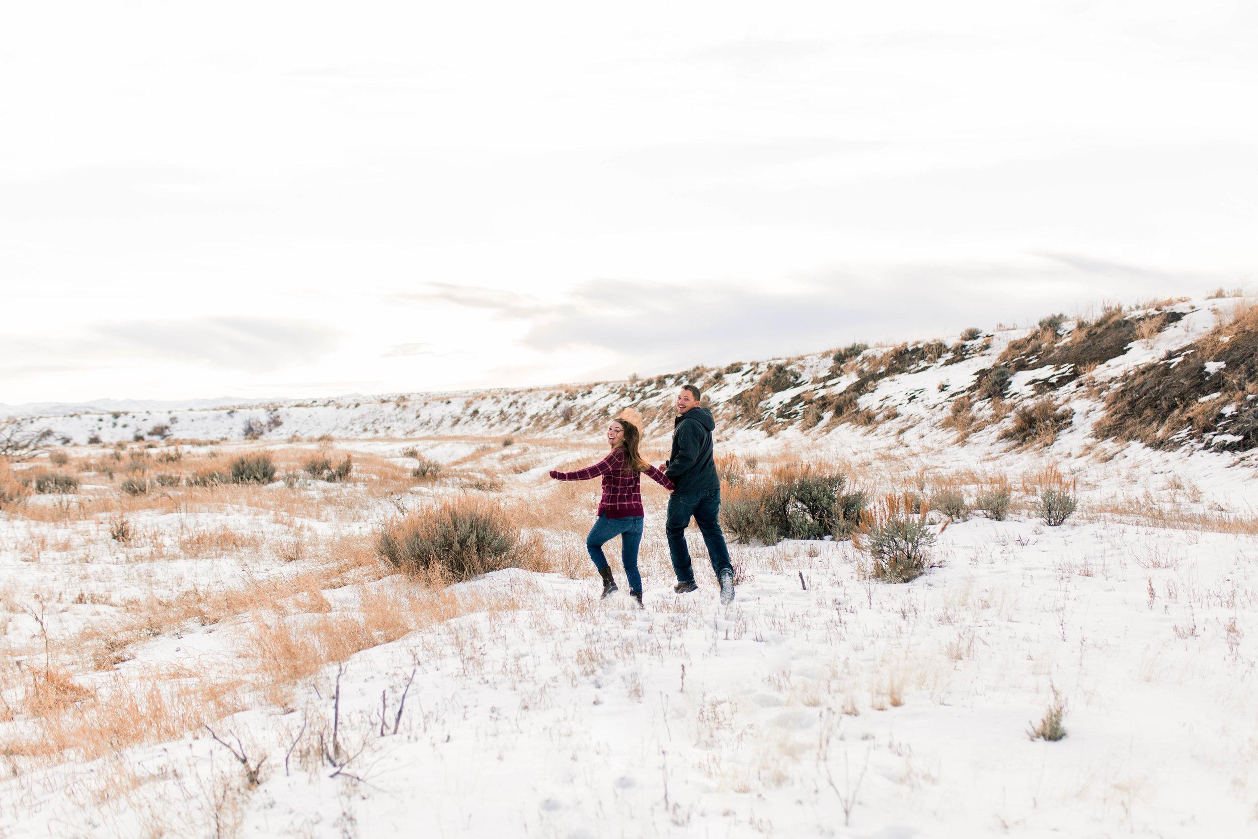 nicole-daacke-photography-grand-teton-elopement-grand-teton-wedding-national-park-wedding-adventure-wedding-adventurous-engagement-session-snowy-winter-inspiration-photographer-3.jpg