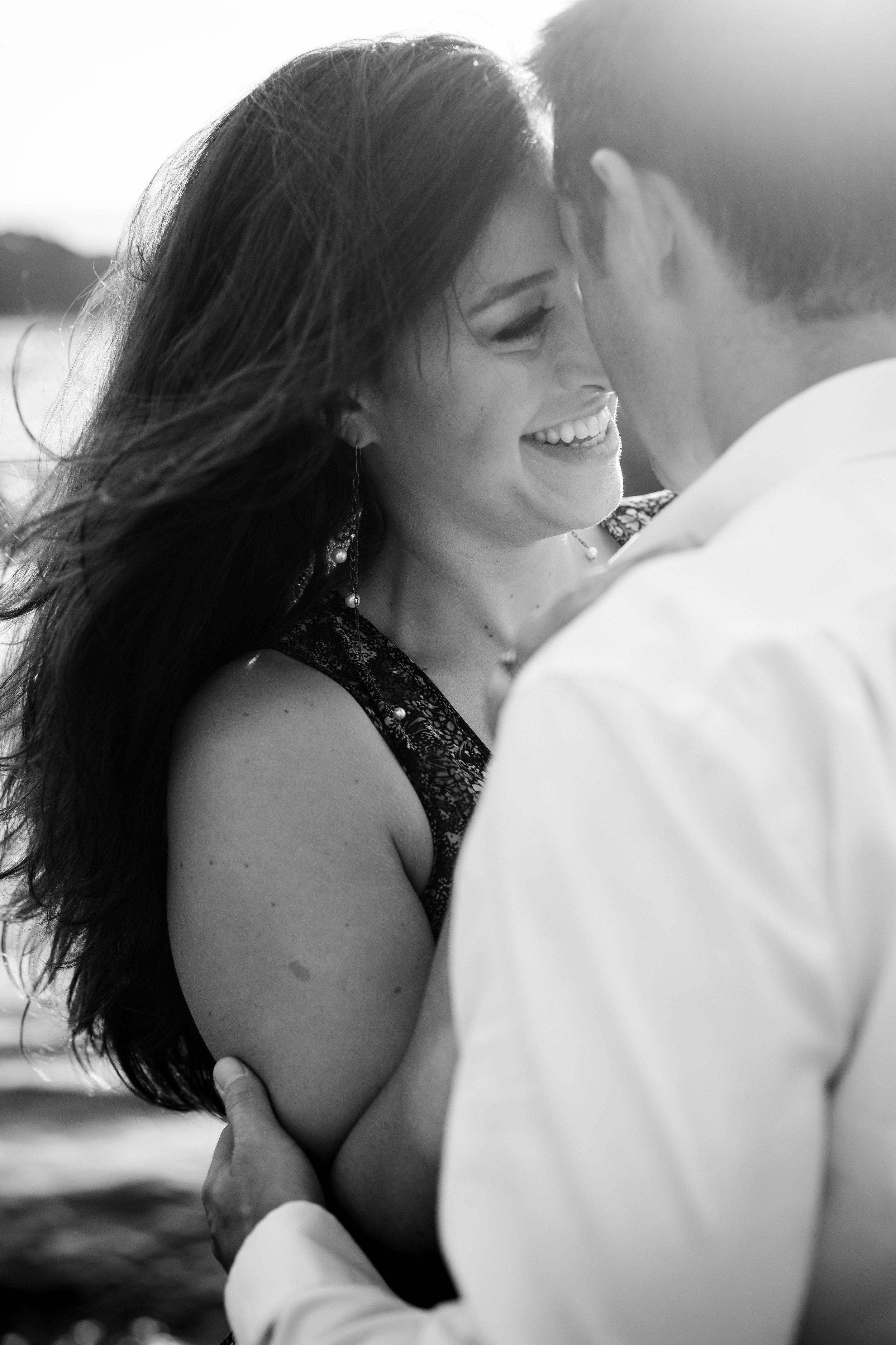nicole-daacke-photography-big-sur-california-coast-adventure-engagement-photos-adventurous-elopement-intimate-wedding-photographer-golden-coastal-cali-engagement-session-19.jpg