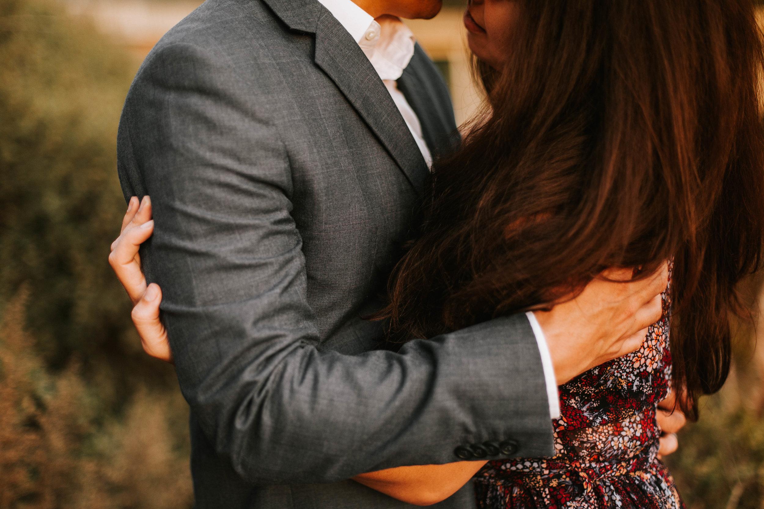 nicole-daacke-photography-big-sur-california-coast-adventure-engagement-photos-adventurous-elopement-intimate-wedding-photographer-golden-coastal-cali-engagement-session-22.jpg