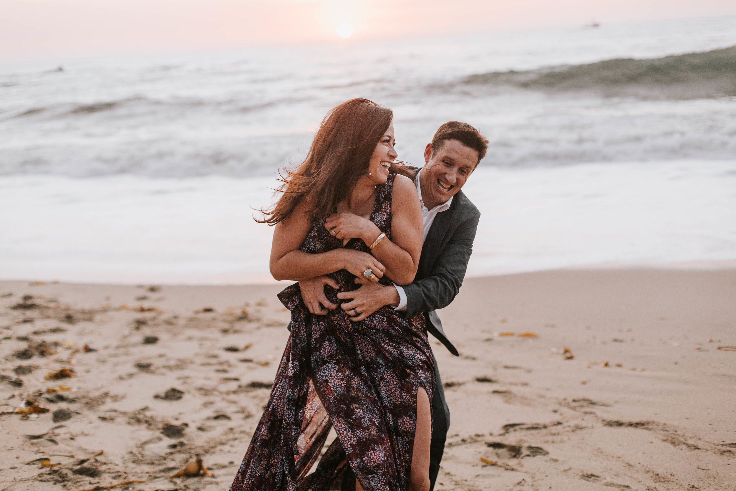 nicole-daacke-photography-big-sur-california-coast-adventure-engagement-photos-adventurous-elopement-intimate-wedding-photographer-golden-coastal-cali-engagement-session-28.jpg