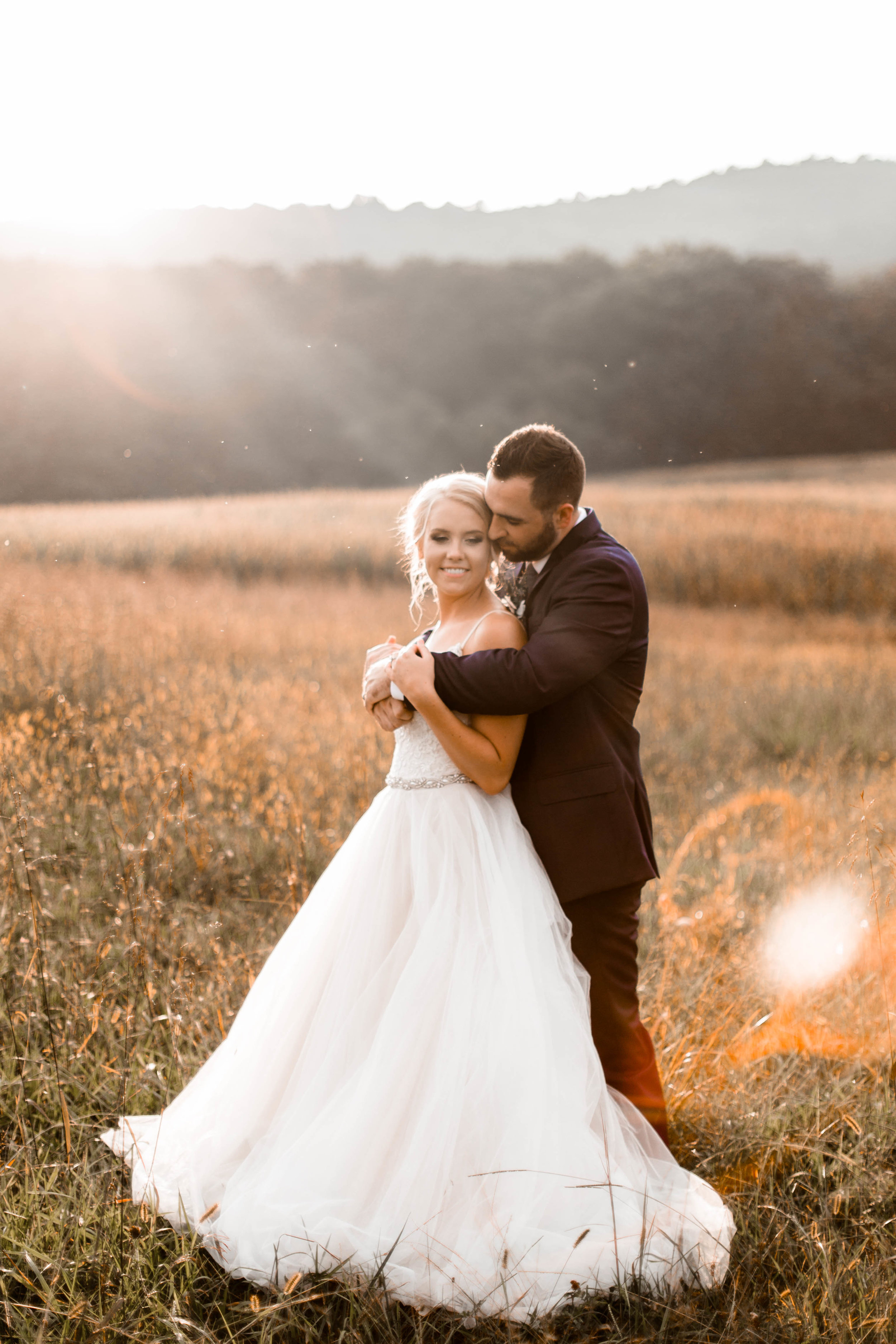 nicole-daacke-photography-intimate-wedding-in-a-lavender-field-washington-state-wedding-photographer-intimate-elopement-golden-lavender-field-wedding-photos-55.jpg