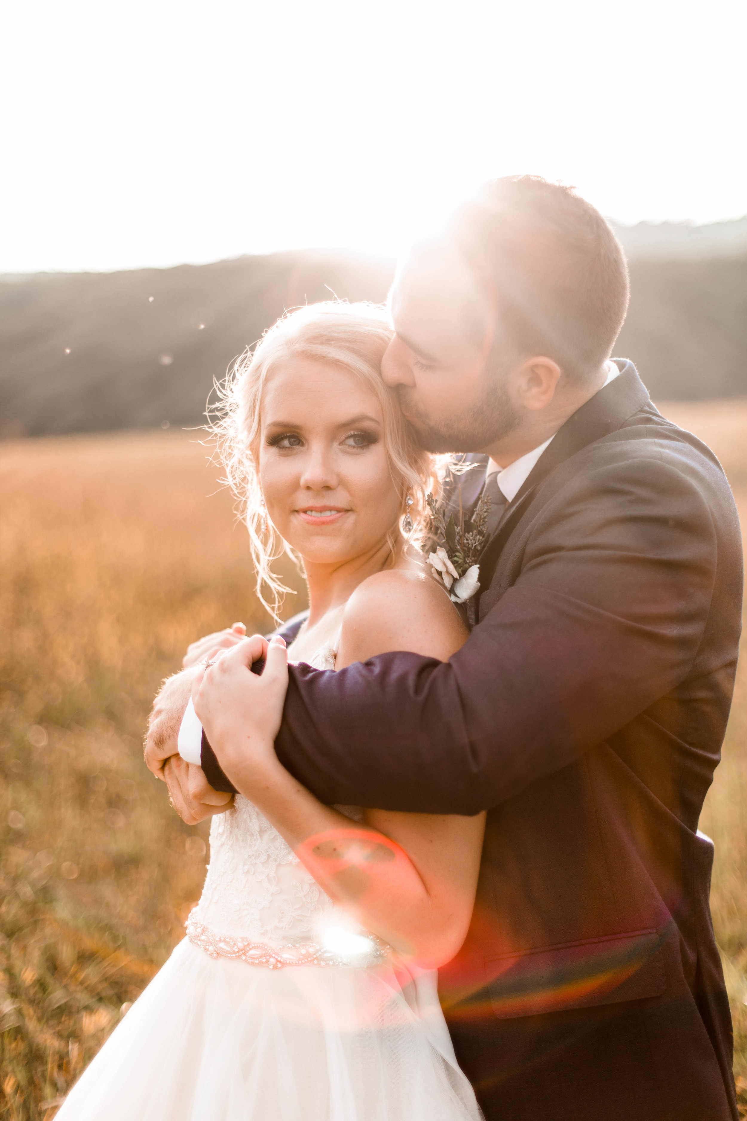 nicole-daacke-photography-intimate-wedding-in-a-lavender-field-washington-state-wedding-photographer-intimate-elopement-golden-lavender-field-wedding-photos-56.jpg
