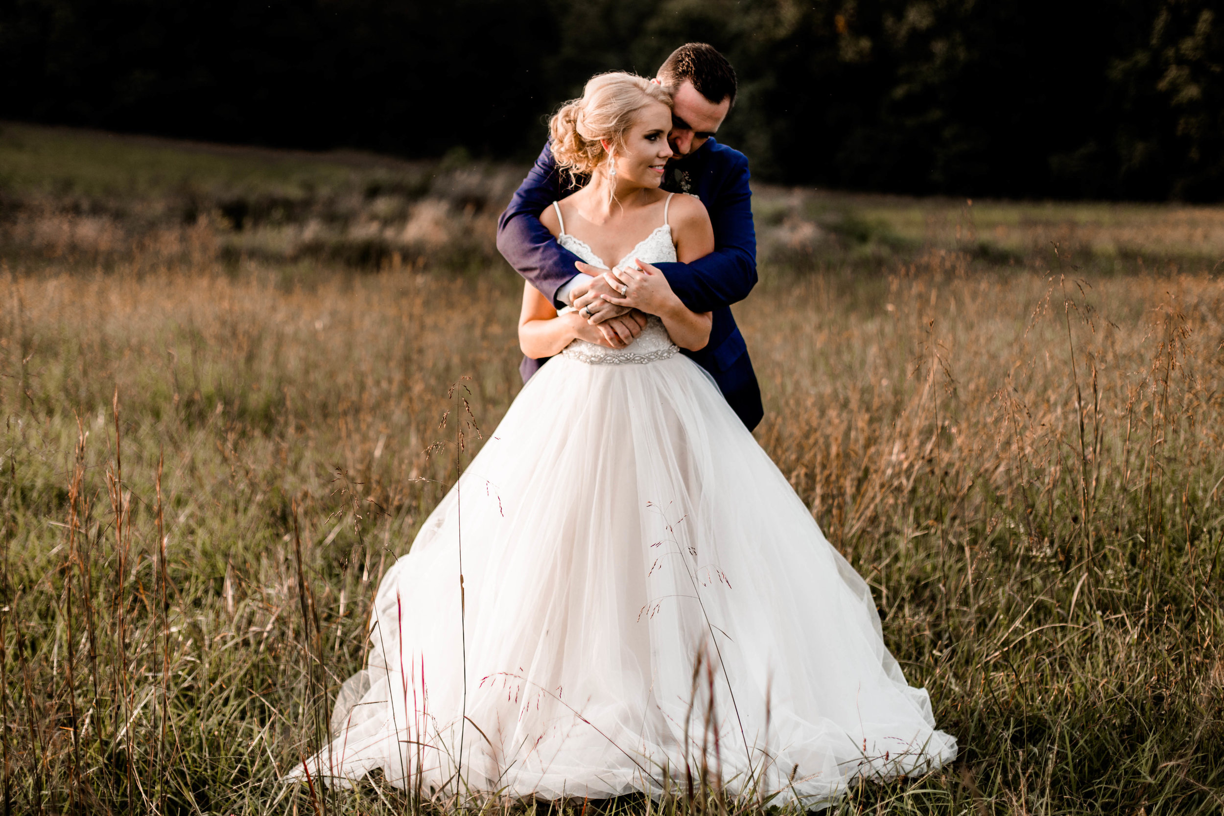 nicole-daacke-photography-intimate-wedding-in-a-lavender-field-washington-state-wedding-photographer-intimate-elopement-golden-lavender-field-wedding-photos-57.jpg