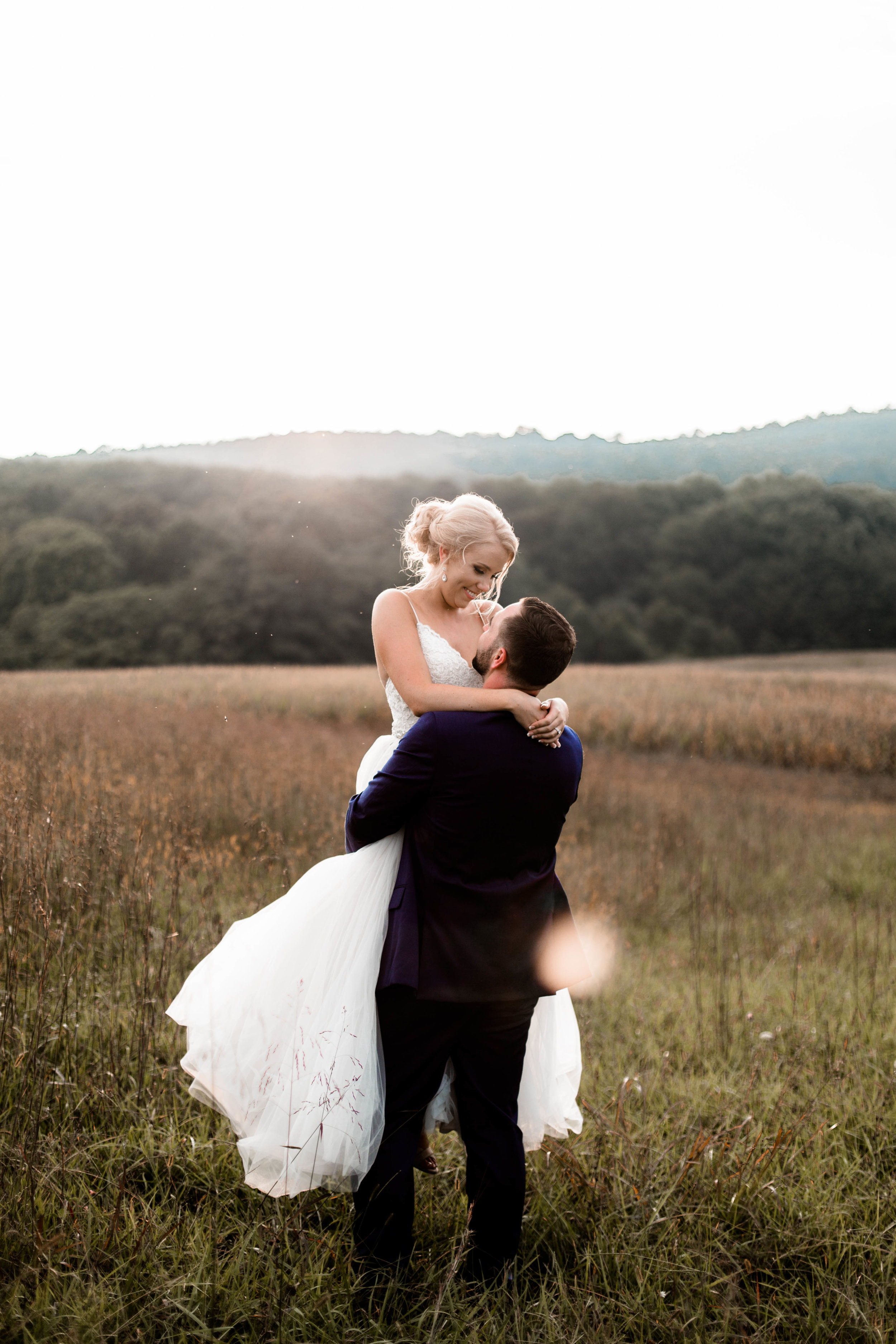 nicole-daacke-photography-intimate-wedding-in-a-lavender-field-washington-state-wedding-photographer-intimate-elopement-golden-lavender-field-wedding-photos-58.jpg