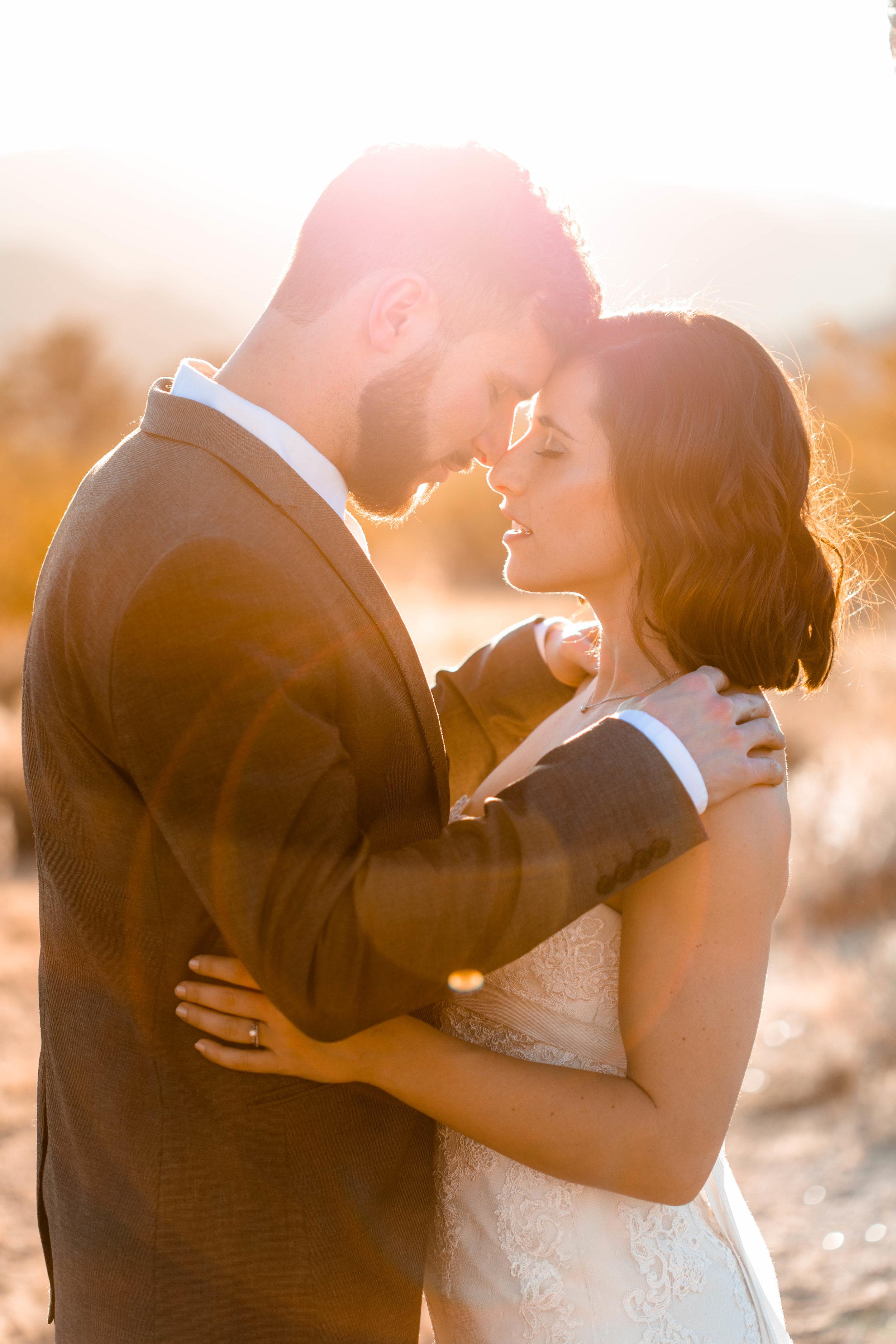 nicole-daacke-photography-joshua-tree-adventurous-elopement-wedding-national-park-wedding-photographer-adventure-wedding-adventurous-elopement-jtree-joshua-tree-national-park-wedding-photographer-intimate-weddings-golden-desert-love-2.jpg