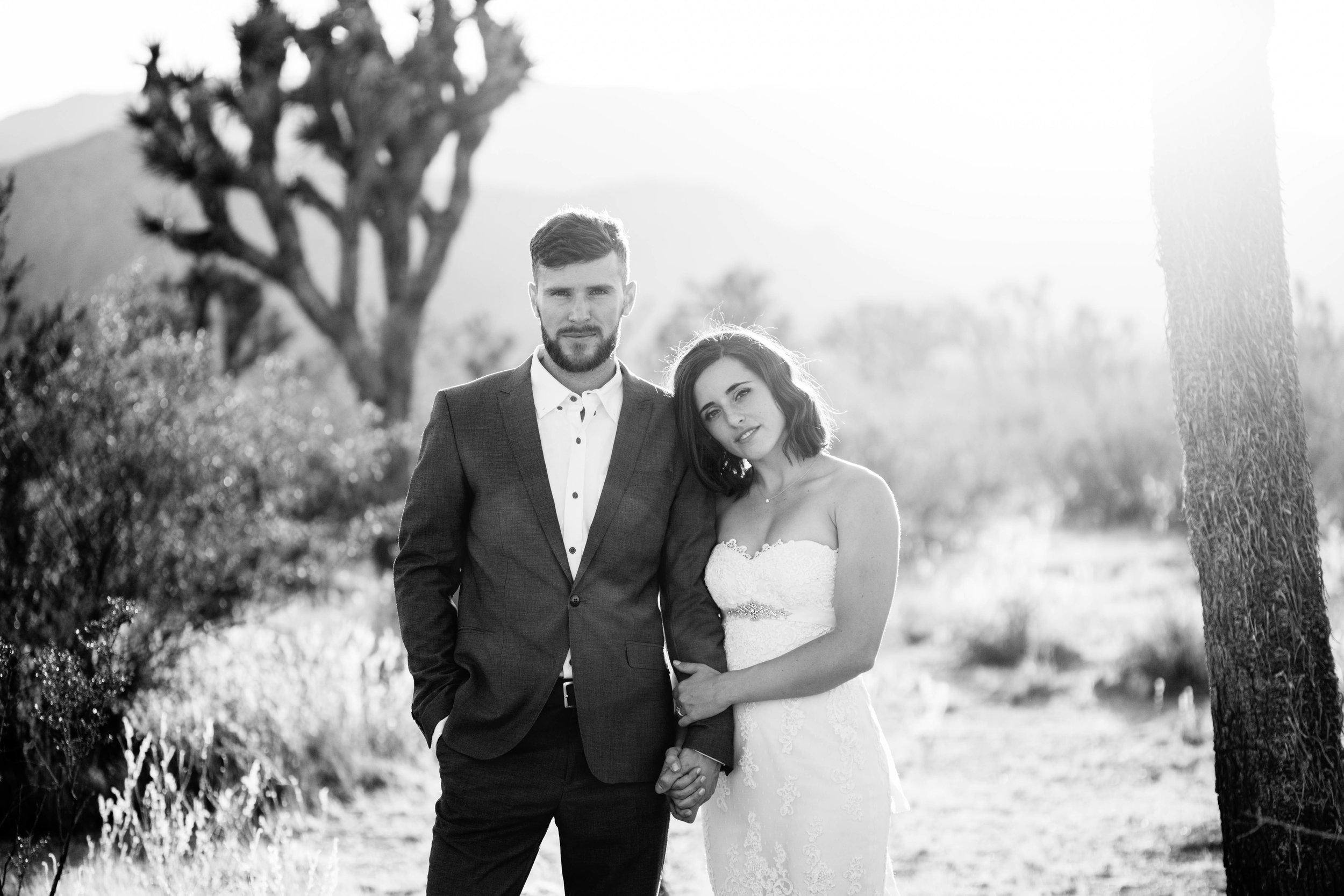 nicole-daacke-photography-joshua-tree-adventurous-elopement-wedding-national-park-wedding-photographer-adventure-wedding-adventurous-elopement-jtree-joshua-tree-national-park-wedding-photographer-intimate-weddings-golden-desert-love-10.jpg