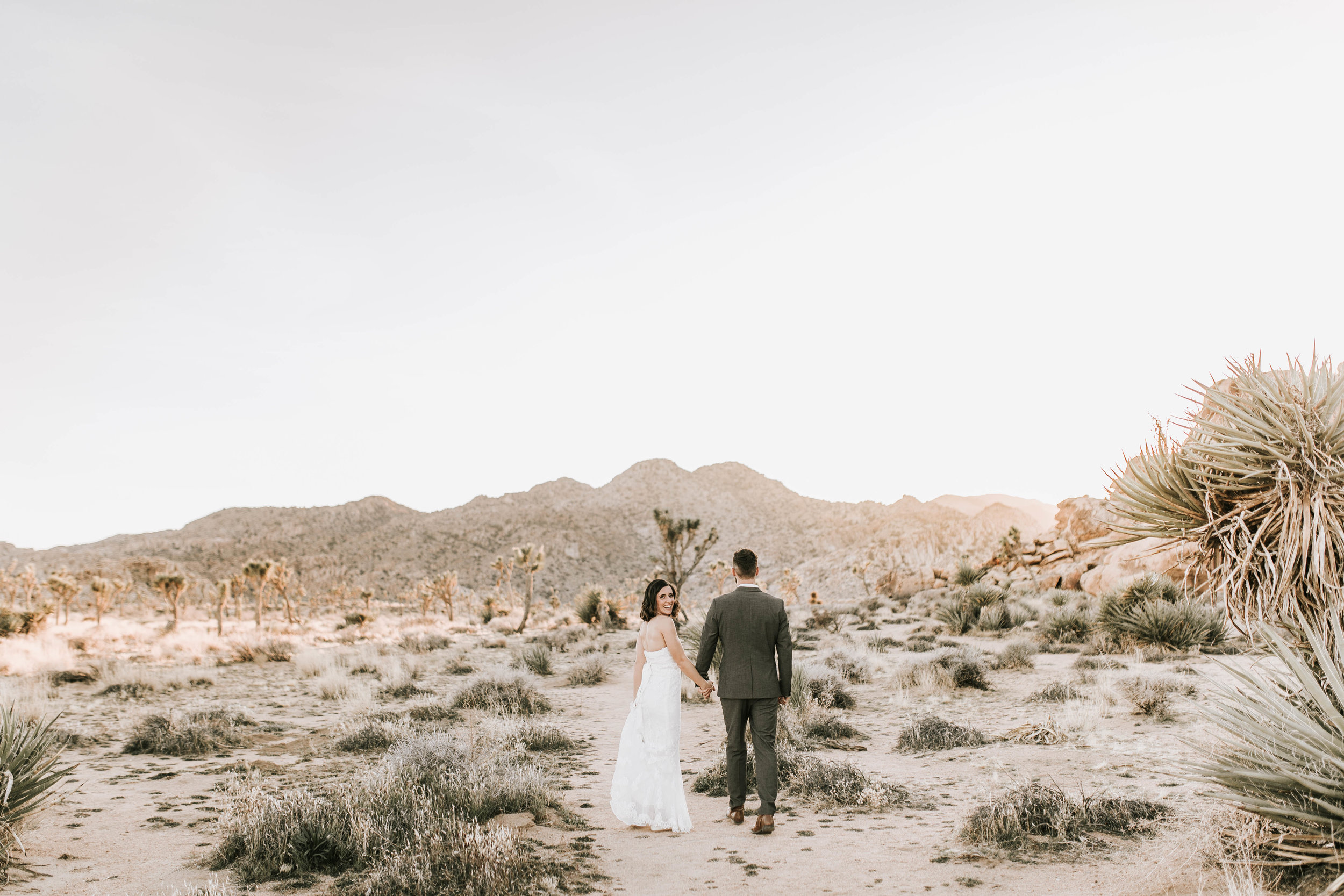 nicole-daacke-photography-joshua-tree-adventurous-elopement-wedding-national-park-wedding-photographer-adventure-wedding-adventurous-elopement-jtree-joshua-tree-national-park-wedding-photographer-intimate-weddings-golden-desert-love-20.jpg