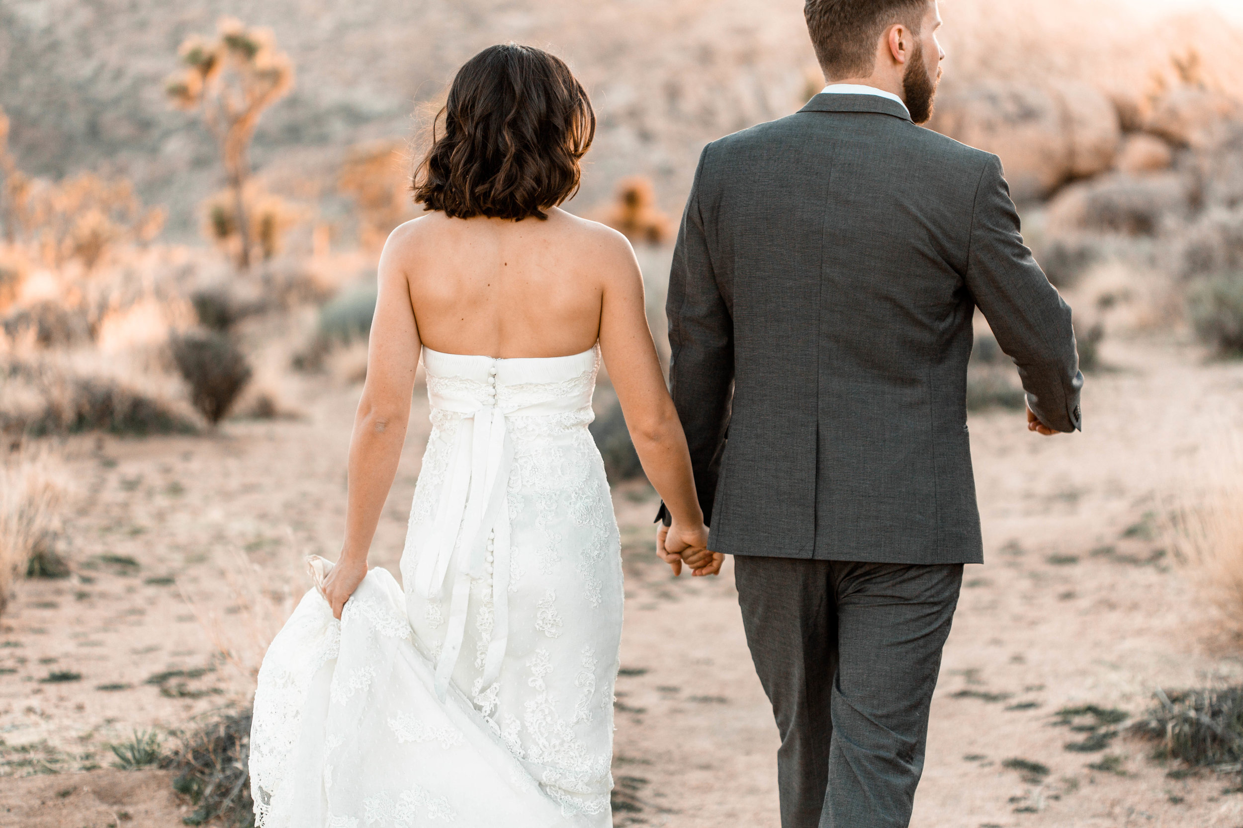 nicole-daacke-photography-joshua-tree-adventurous-elopement-wedding-national-park-wedding-photographer-adventure-wedding-adventurous-elopement-jtree-joshua-tree-national-park-wedding-photographer-intimate-weddings-golden-desert-love-22.jpg