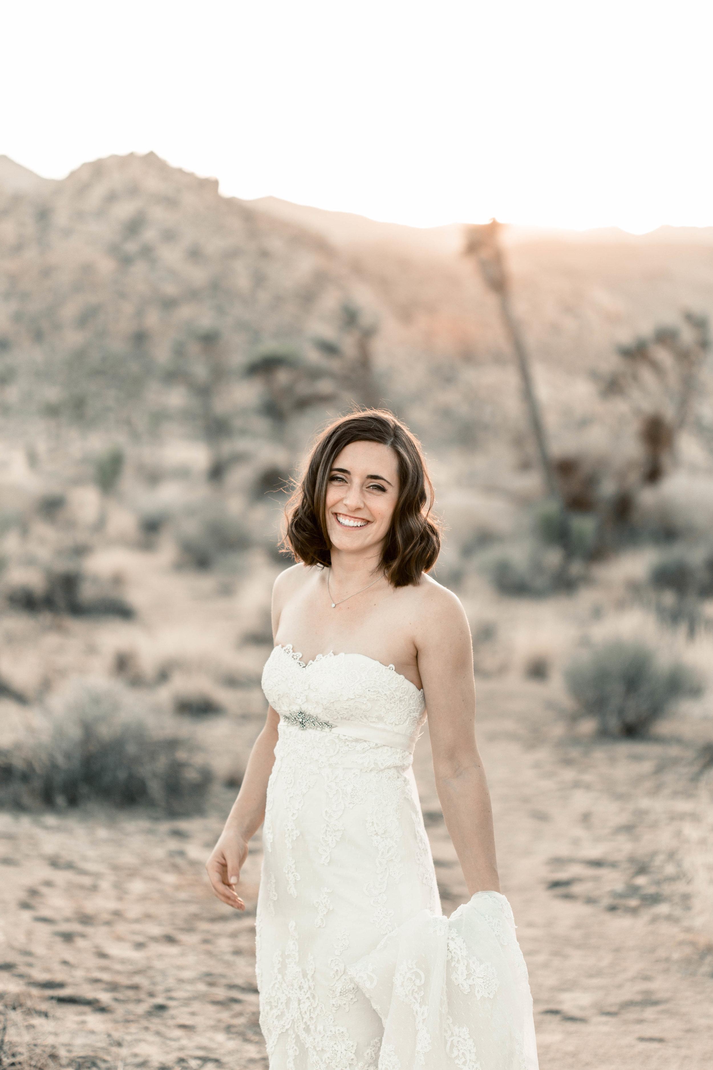 nicole-daacke-photography-joshua-tree-adventurous-elopement-wedding-national-park-wedding-photographer-adventure-wedding-adventurous-elopement-jtree-joshua-tree-national-park-wedding-photographer-intimate-weddings-golden-desert-love-30.jpg