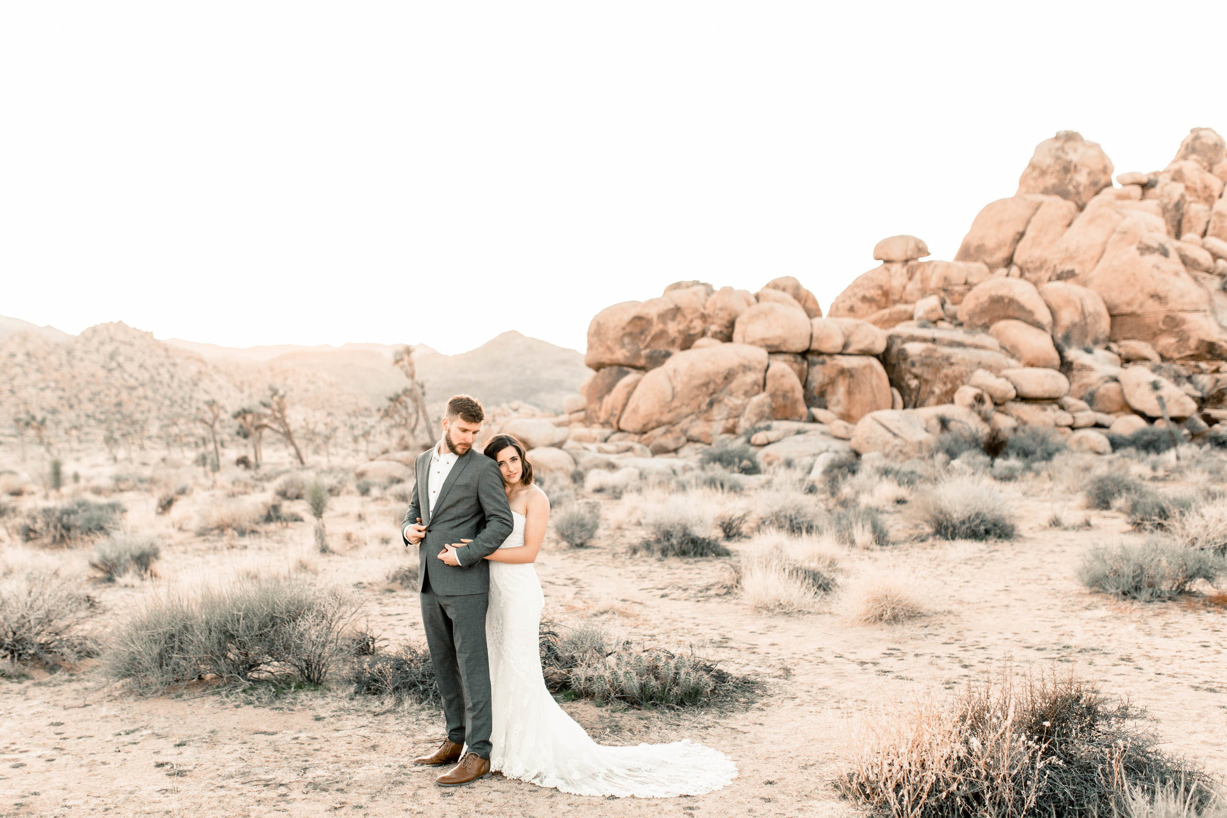 nicole-daacke-photography-joshua-tree-adventurous-elopement-wedding-national-park-wedding-photographer-adventure-wedding-adventurous-elopement-jtree-joshua-tree-national-park-wedding-photographer-intimate-weddings-golden-desert-love-35.jpg
