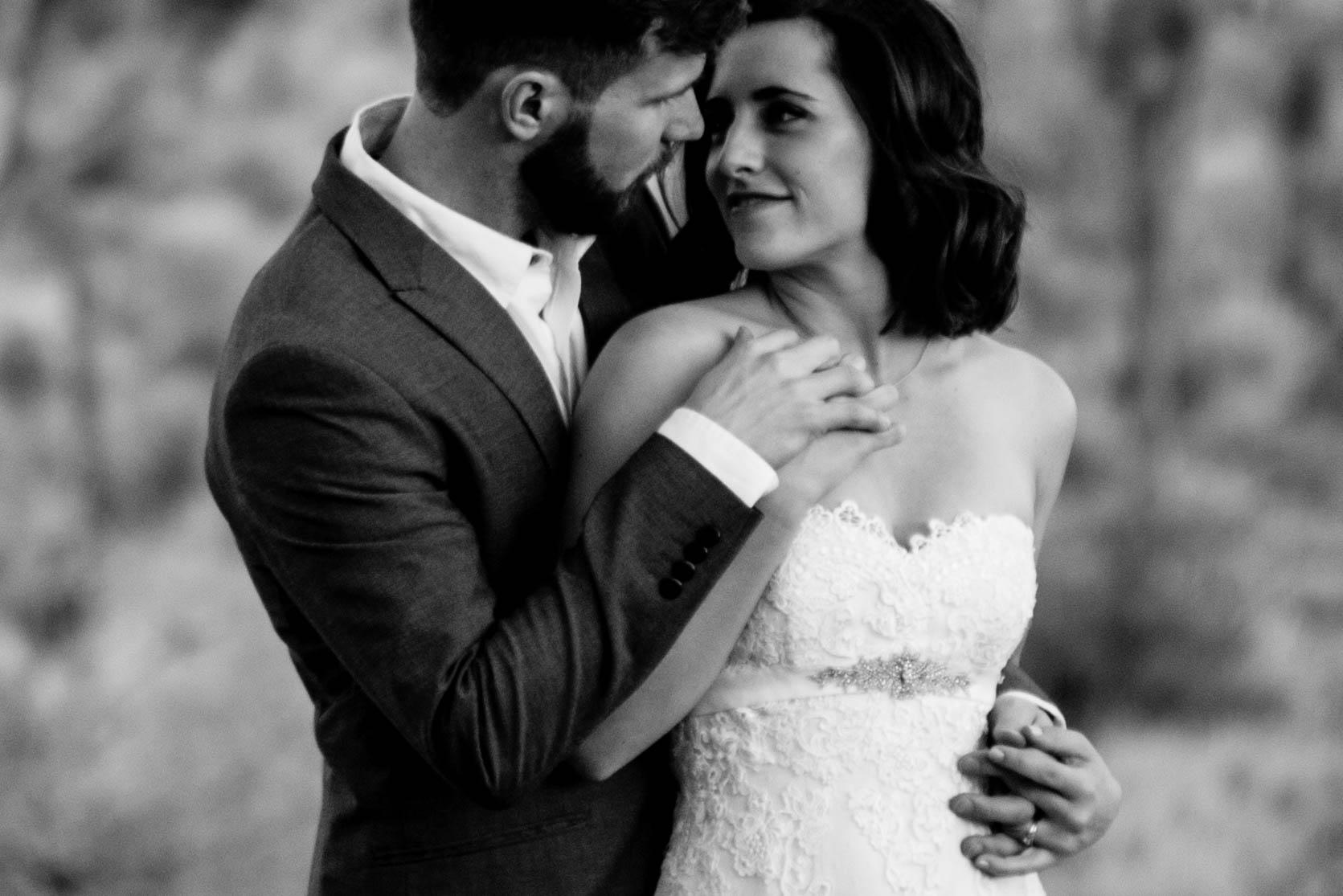 nicole-daacke-photography-joshua-tree-adventurous-elopement-wedding-national-park-wedding-photographer-adventure-wedding-adventurous-elopement-jtree-joshua-tree-national-park-wedding-photographer-intimate-weddings-golden-desert-love-38.jpg