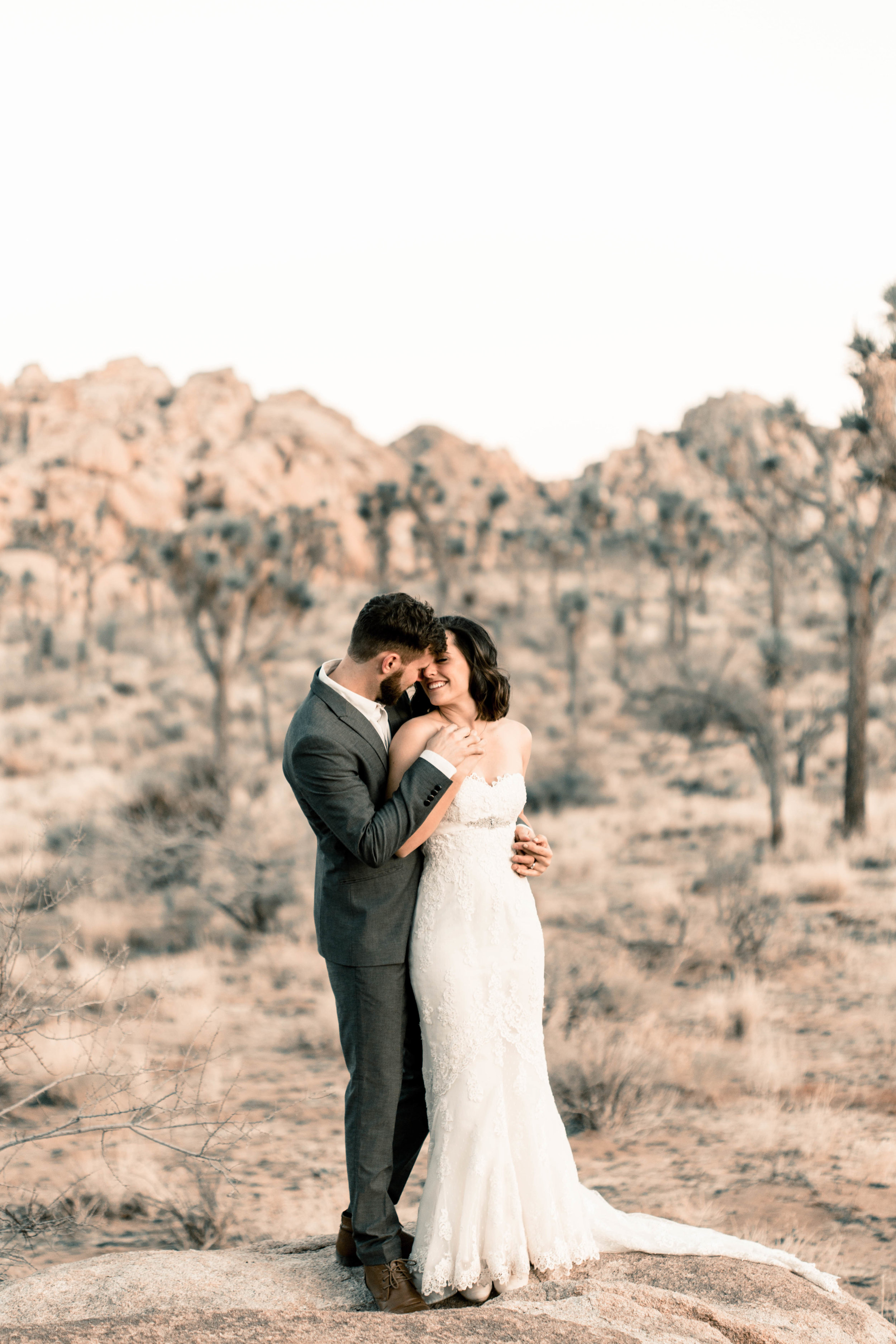 nicole-daacke-photography-joshua-tree-adventurous-elopement-wedding-national-park-wedding-photographer-adventure-wedding-adventurous-elopement-jtree-joshua-tree-national-park-wedding-photographer-intimate-weddings-golden-desert-love-39.jpg