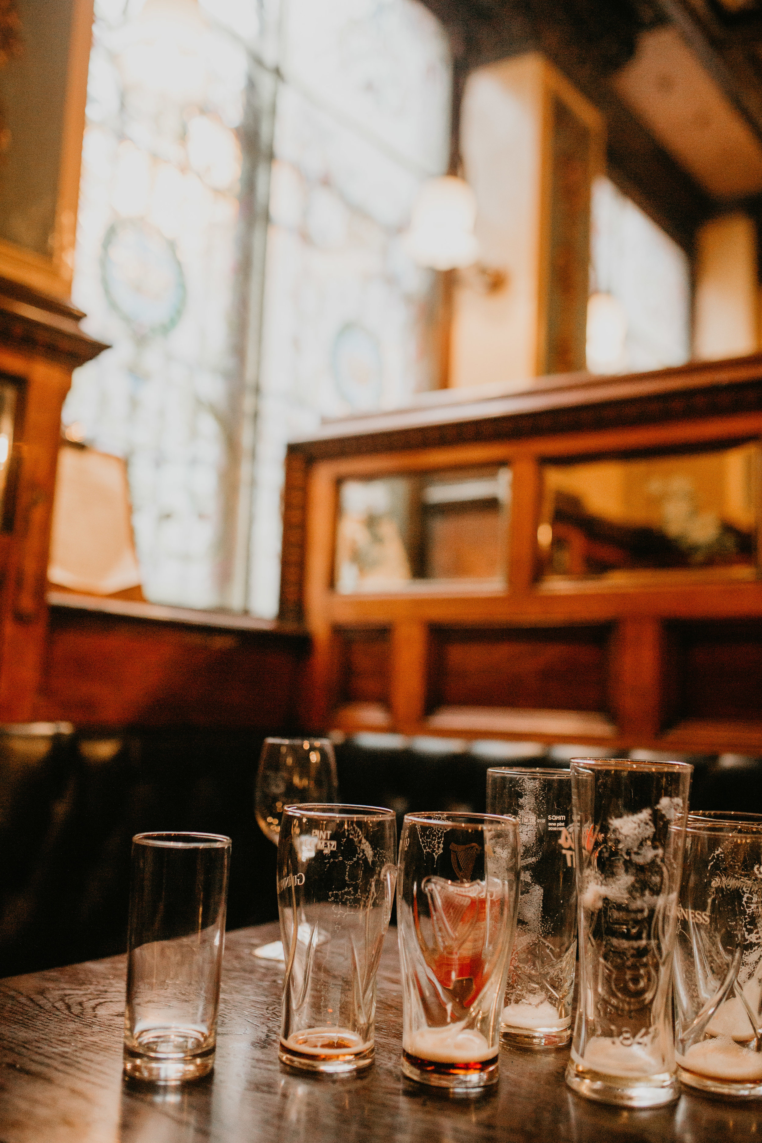 nicole-daacke-photography-ireland-destination-elopement-wedding-photographer-destination-wedding-irish-castle-wedding-intimate-ireland-wedding-photographer-ireland-elopement-photographer-dublin-howth-belfast-antrim-destination-wedding-photos-22.jpg