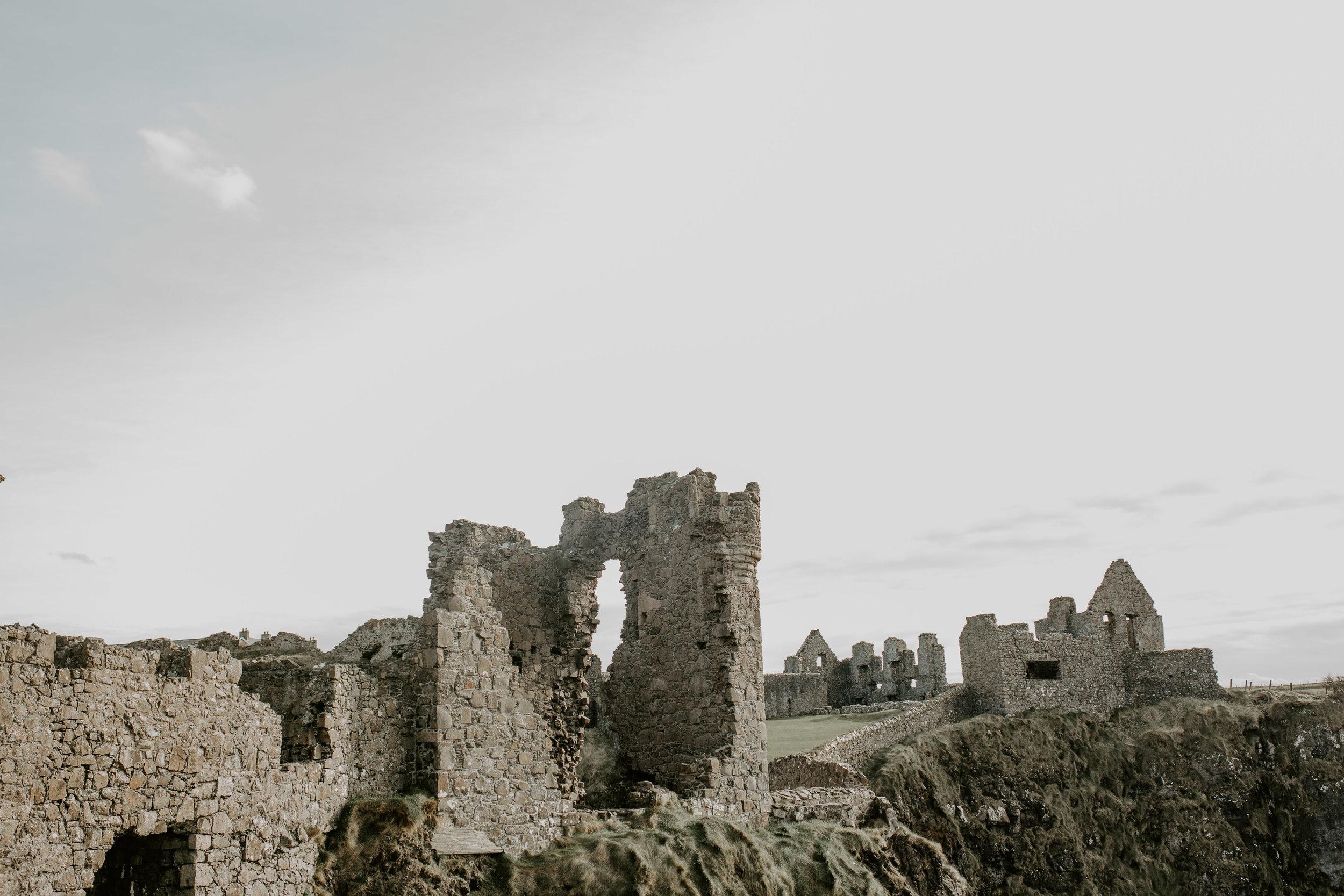 nicole-daacke-photography-ireland-destination-elopement-wedding-photographer-destination-wedding-irish-castle-wedding-intimate-ireland-wedding-photographer-ireland-elopement-photographer-dublin-howth-belfast-antrim-destination-wedding-photos-47.jpg