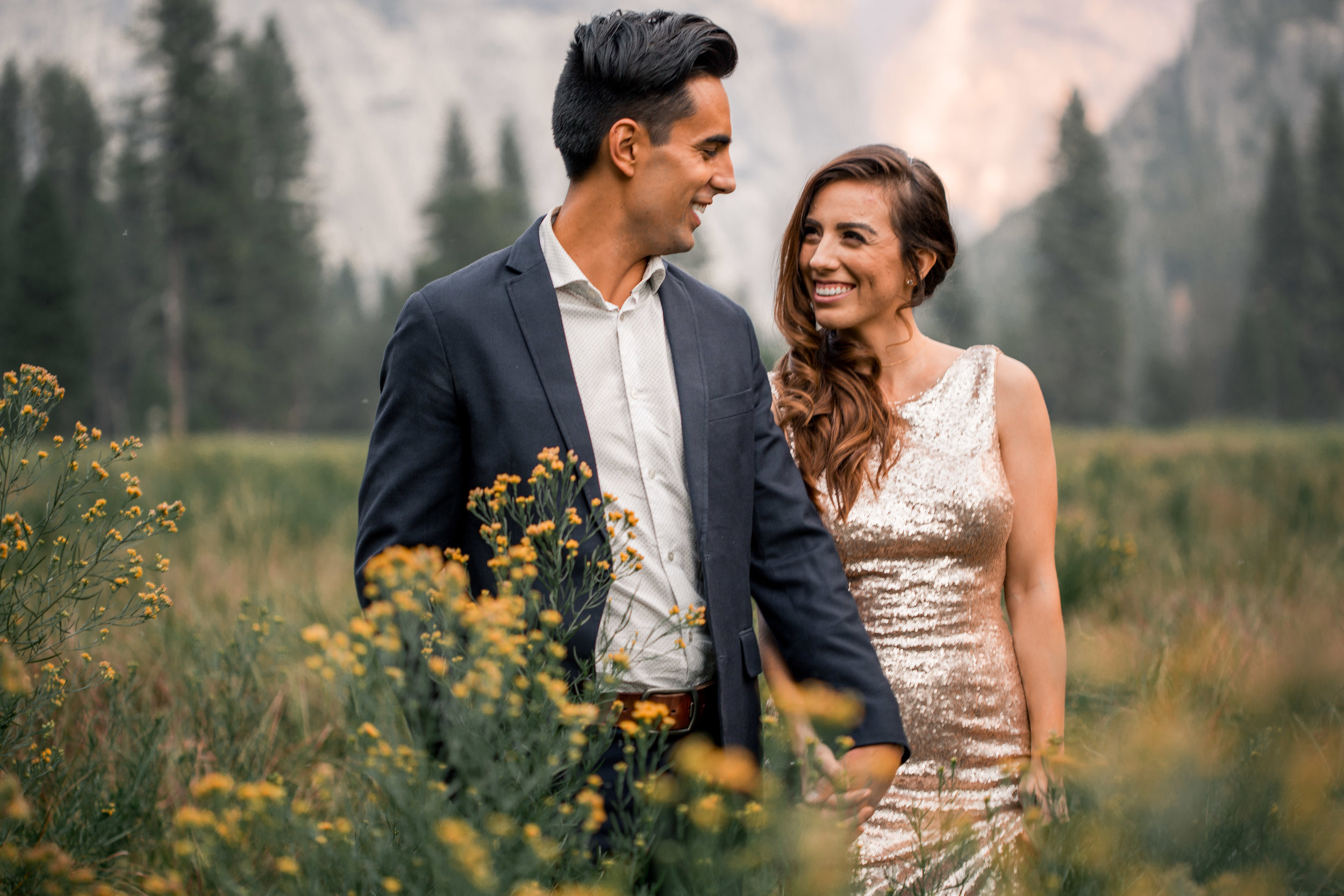 nicole-daacke-photography-yosemite-national-park-adventurous-engagement-session-half-dome-engagement-session-anniversary-photographer-yosemite-elopement-photographer-yosemite-intimate-wedding-photography-6.jpg