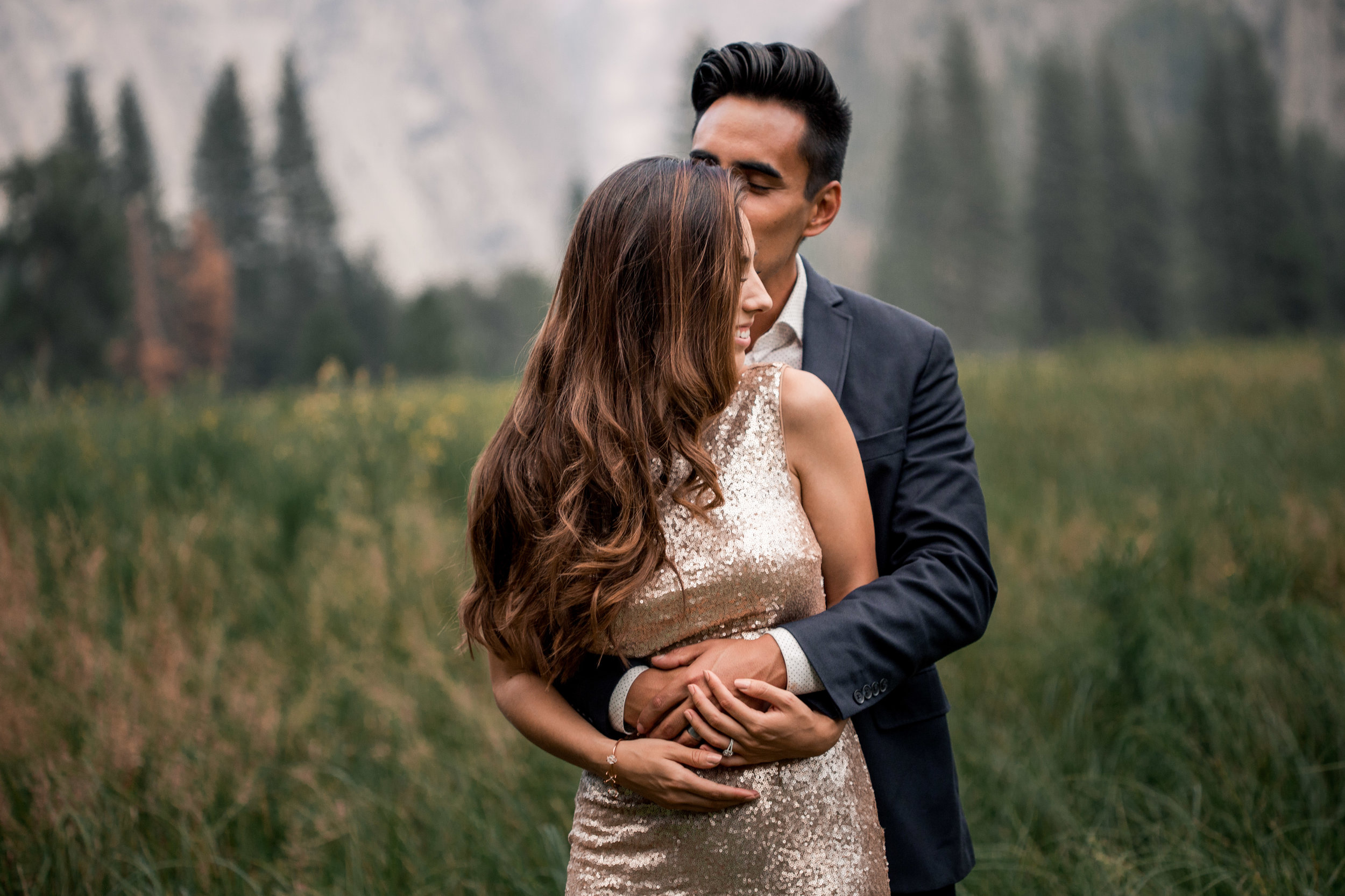 nicole-daacke-photography-yosemite-national-park-adventurous-engagement-session-half-dome-engagement-session-anniversary-photographer-yosemite-elopement-photographer-yosemite-intimate-wedding-photography-31.jpg