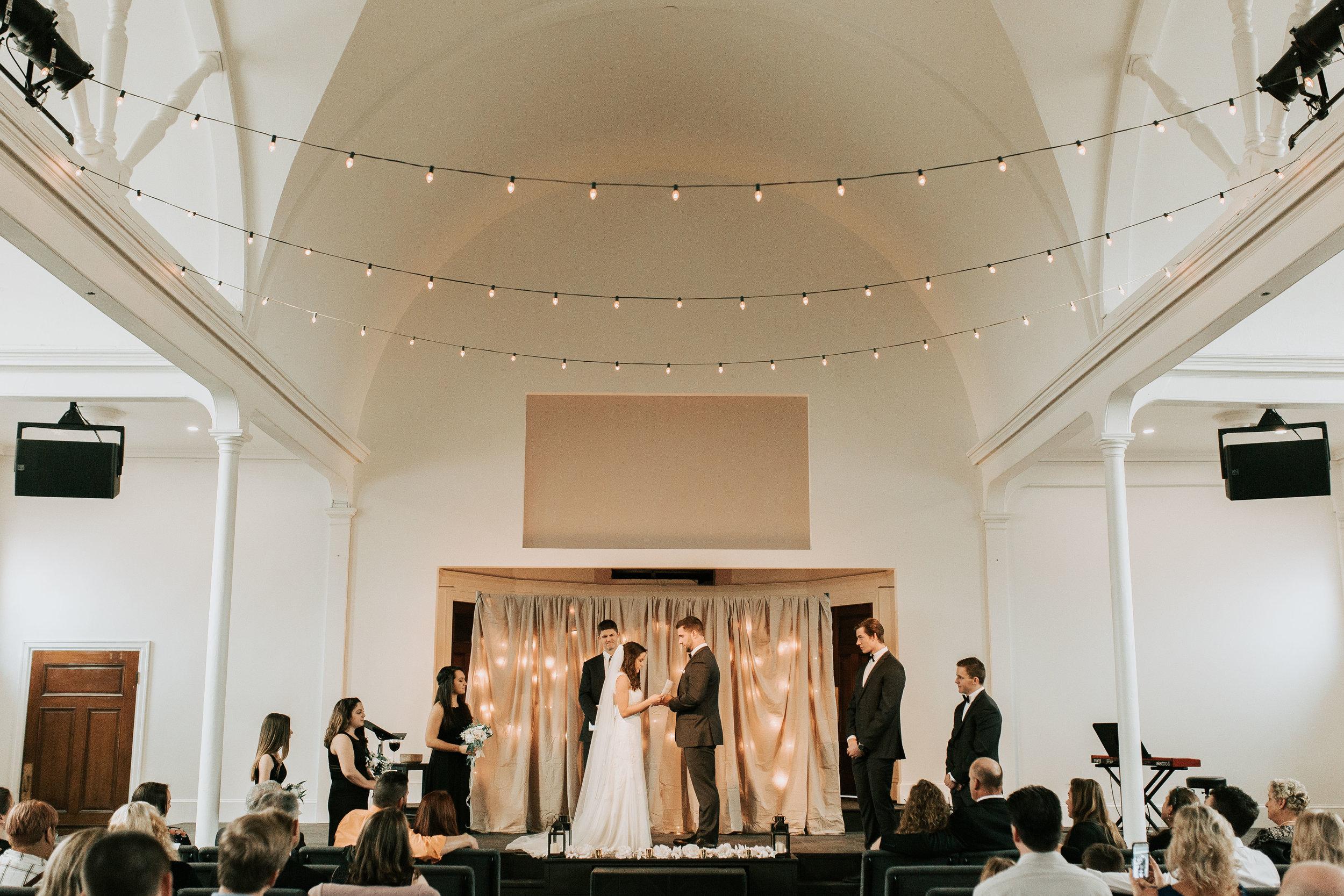 nicole-daacke-photography-boston-massachusetts-seaside-intimate-winter-wedding-photographer-12.jpg