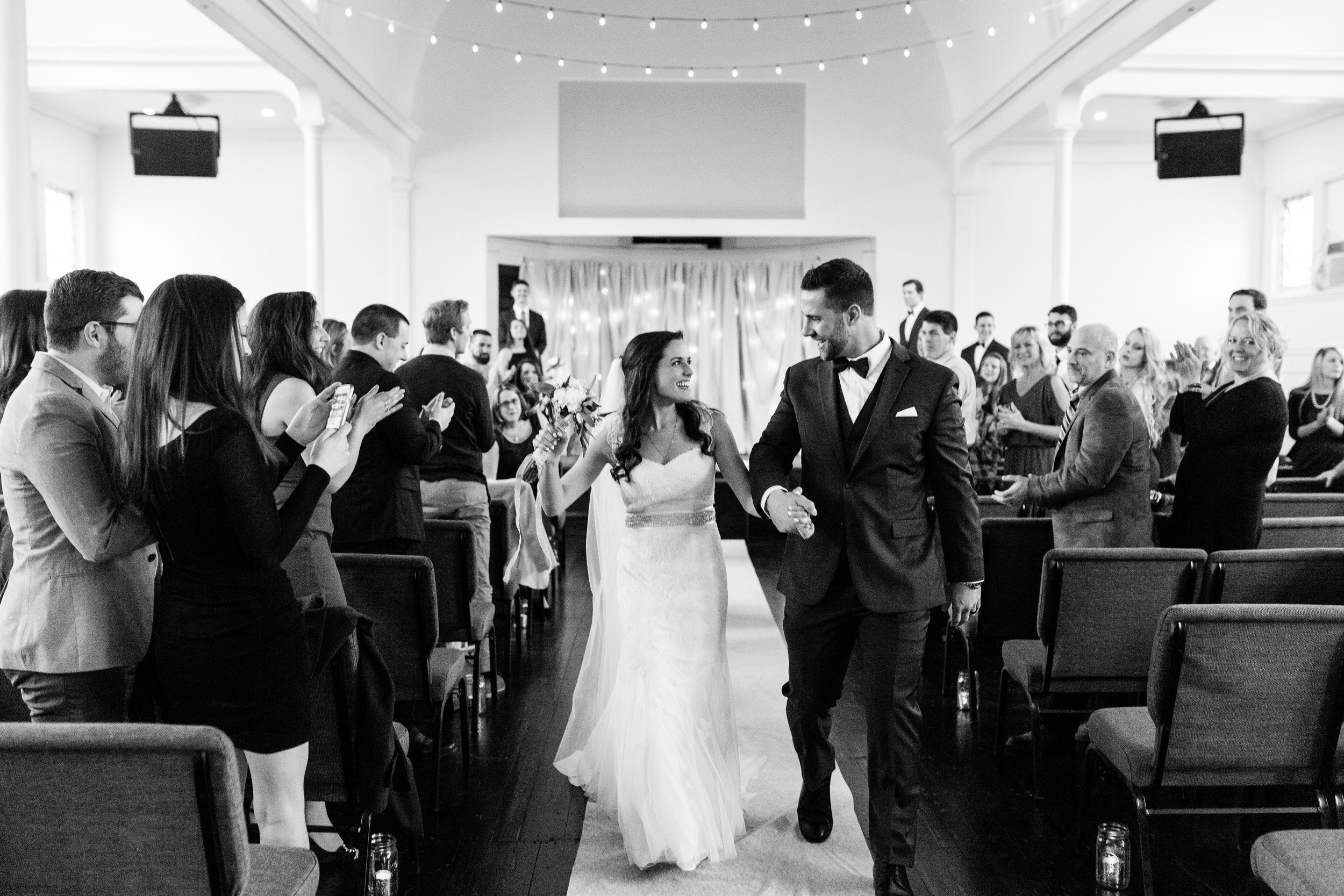 nicole-daacke-photography-boston-massachusetts-seaside-intimate-winter-wedding-photographer-15.jpg