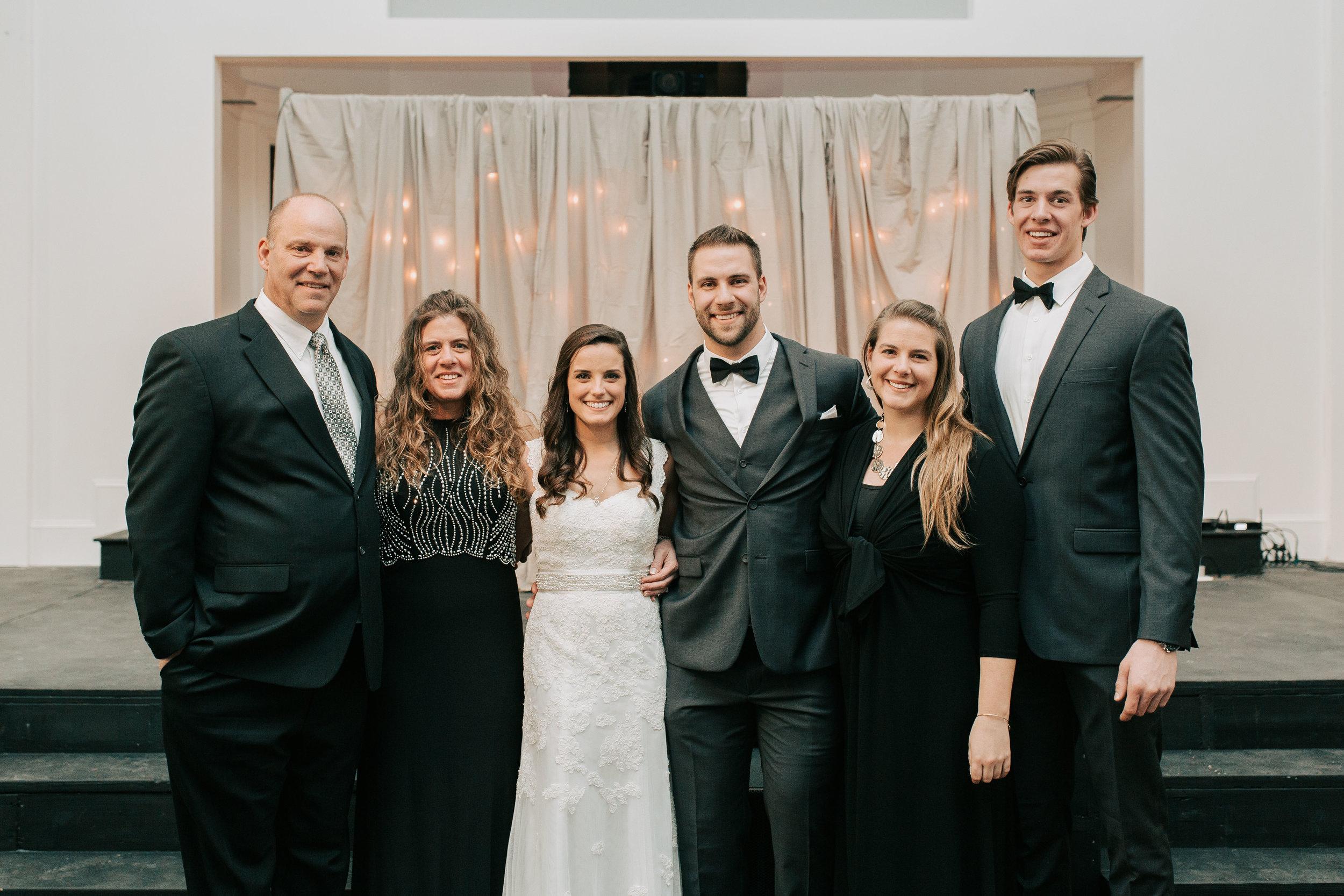 nicole-daacke-photography-boston-massachusetts-seaside-intimate-winter-wedding-photographer-20.jpg