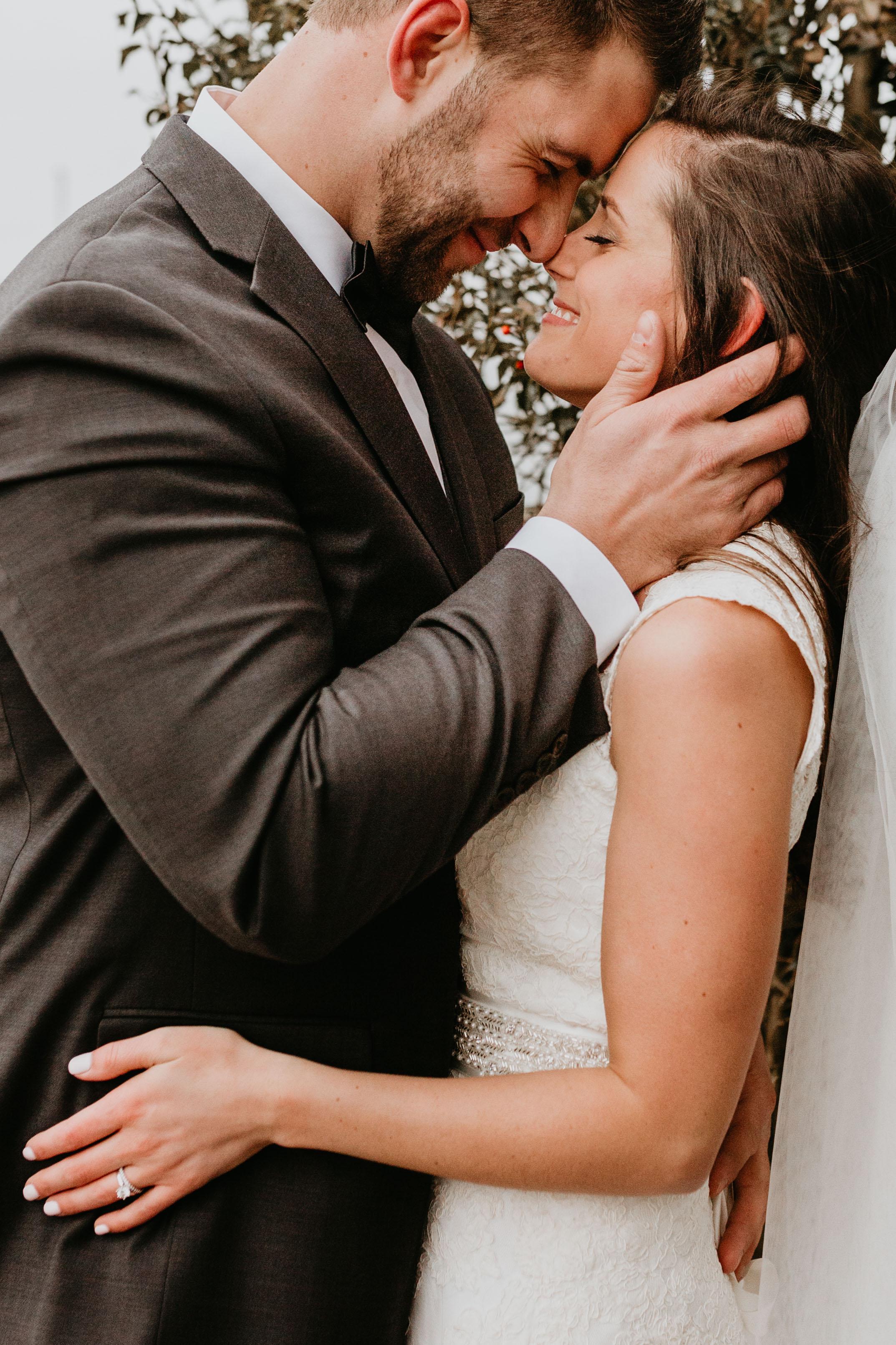 nicole-daacke-photography-boston-massachusetts-seaside-intimate-winter-wedding-photographer-38.jpg