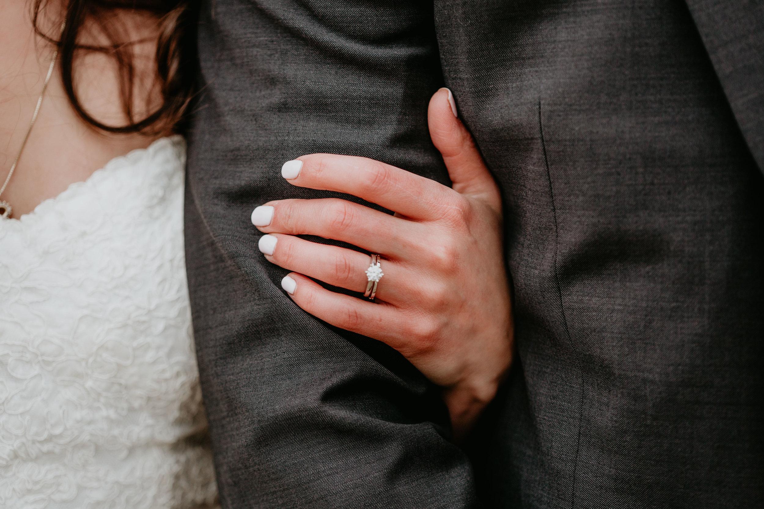 nicole-daacke-photography-boston-massachusetts-seaside-intimate-winter-wedding-photographer-47.jpg