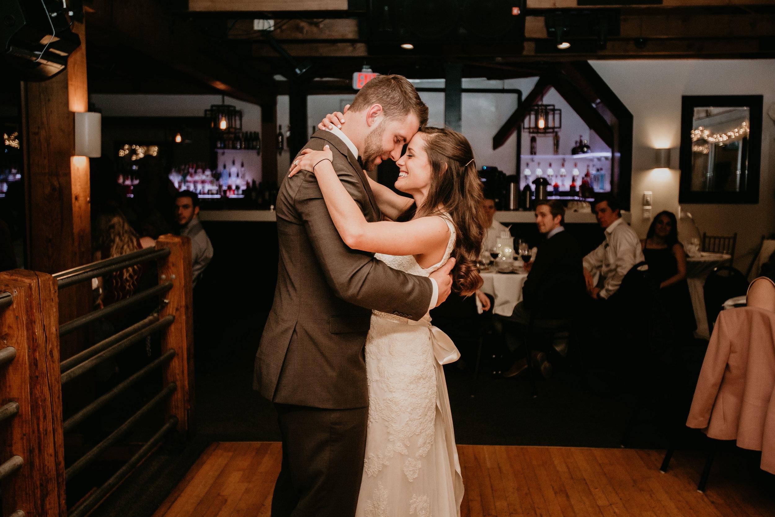 nicole-daacke-photography-boston-massachusetts-seaside-intimate-winter-wedding-photographer-59.jpg