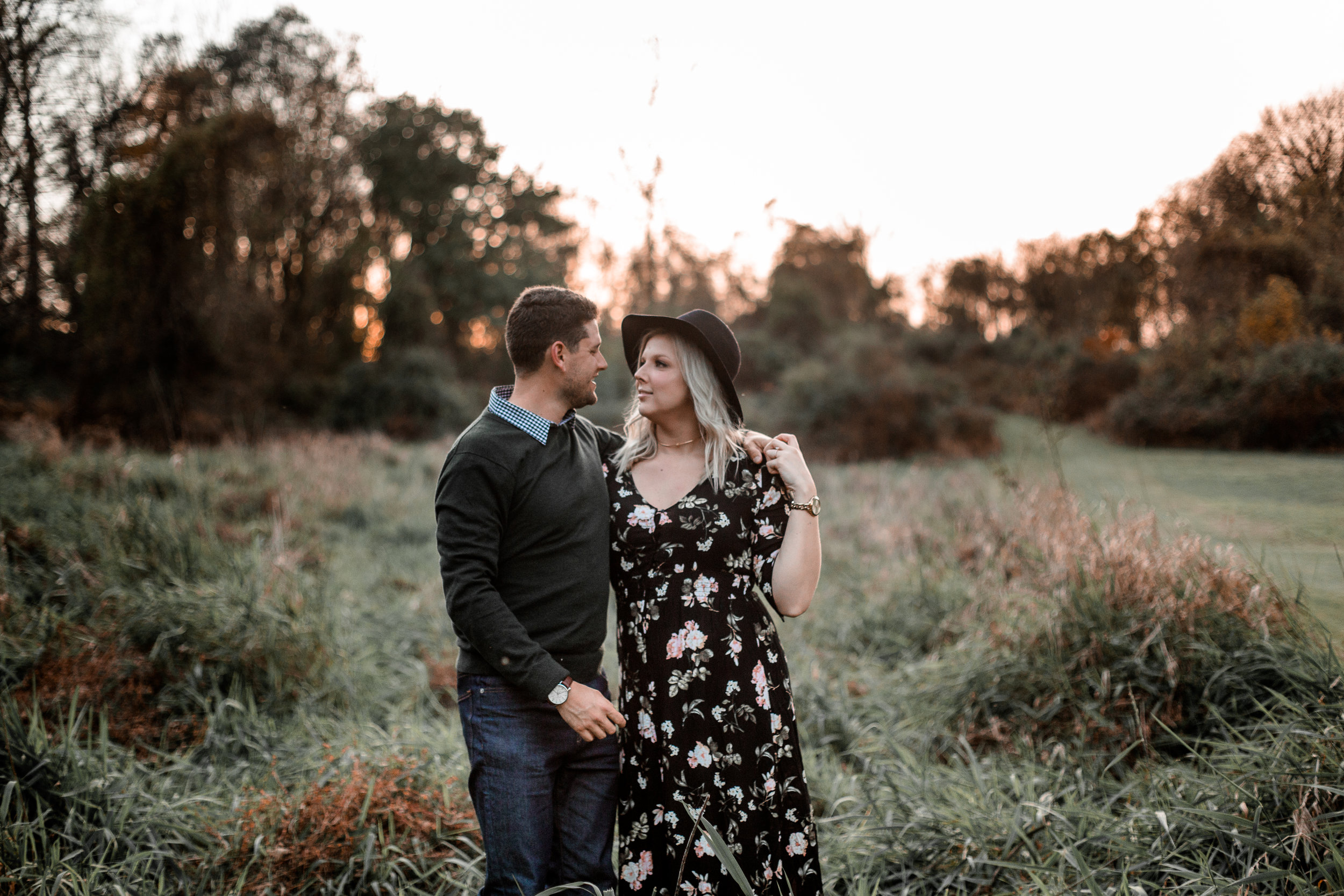 nicole-daacke-photography-carefree-bohemian-lancaster-pa-pennsylvania-engagement-photos-engagement-session-golden-sunset-adventure-session-in-lancaster-pa-lancaster-pa-outdoor-wedding-photographer-37.jpg