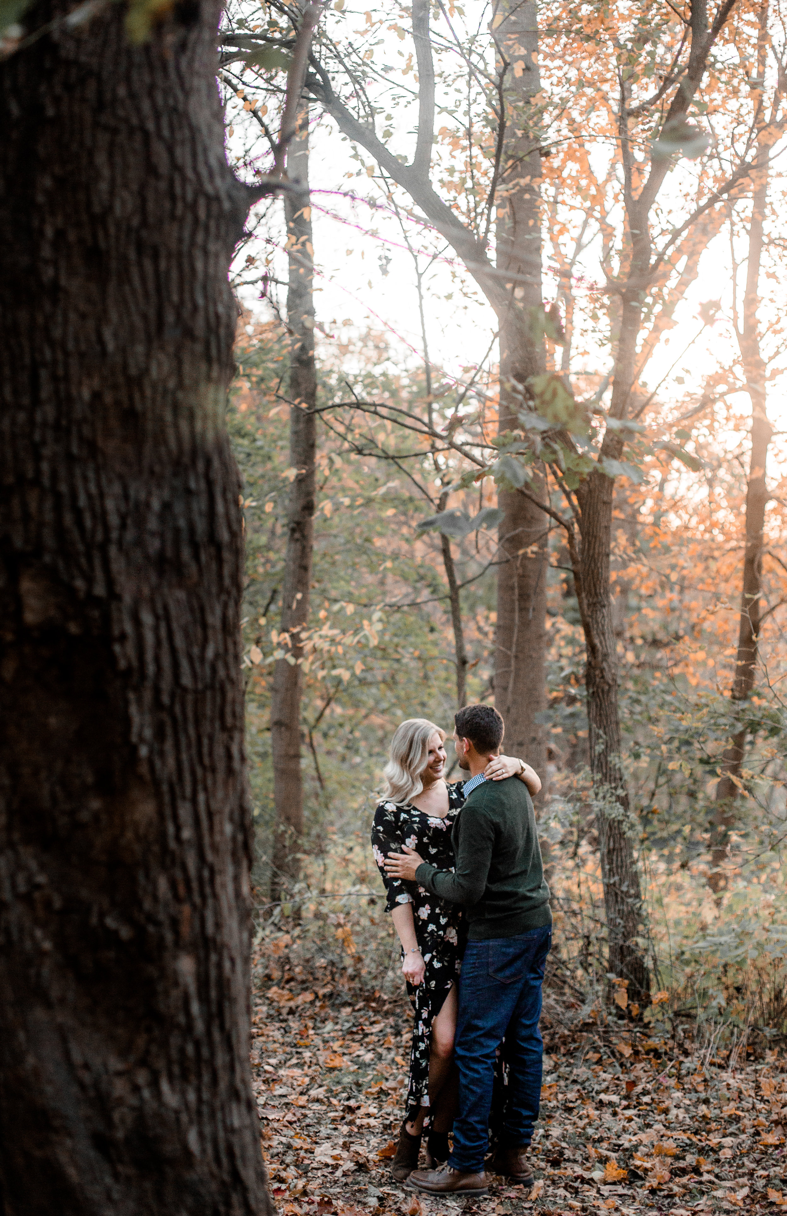 nicole-daacke-photography-carefree-bohemian-lancaster-pa-pennsylvania-engagement-photos-engagement-session-golden-sunset-adventure-session-in-lancaster-pa-lancaster-pa-outdoor-wedding-photographer-59.jpg