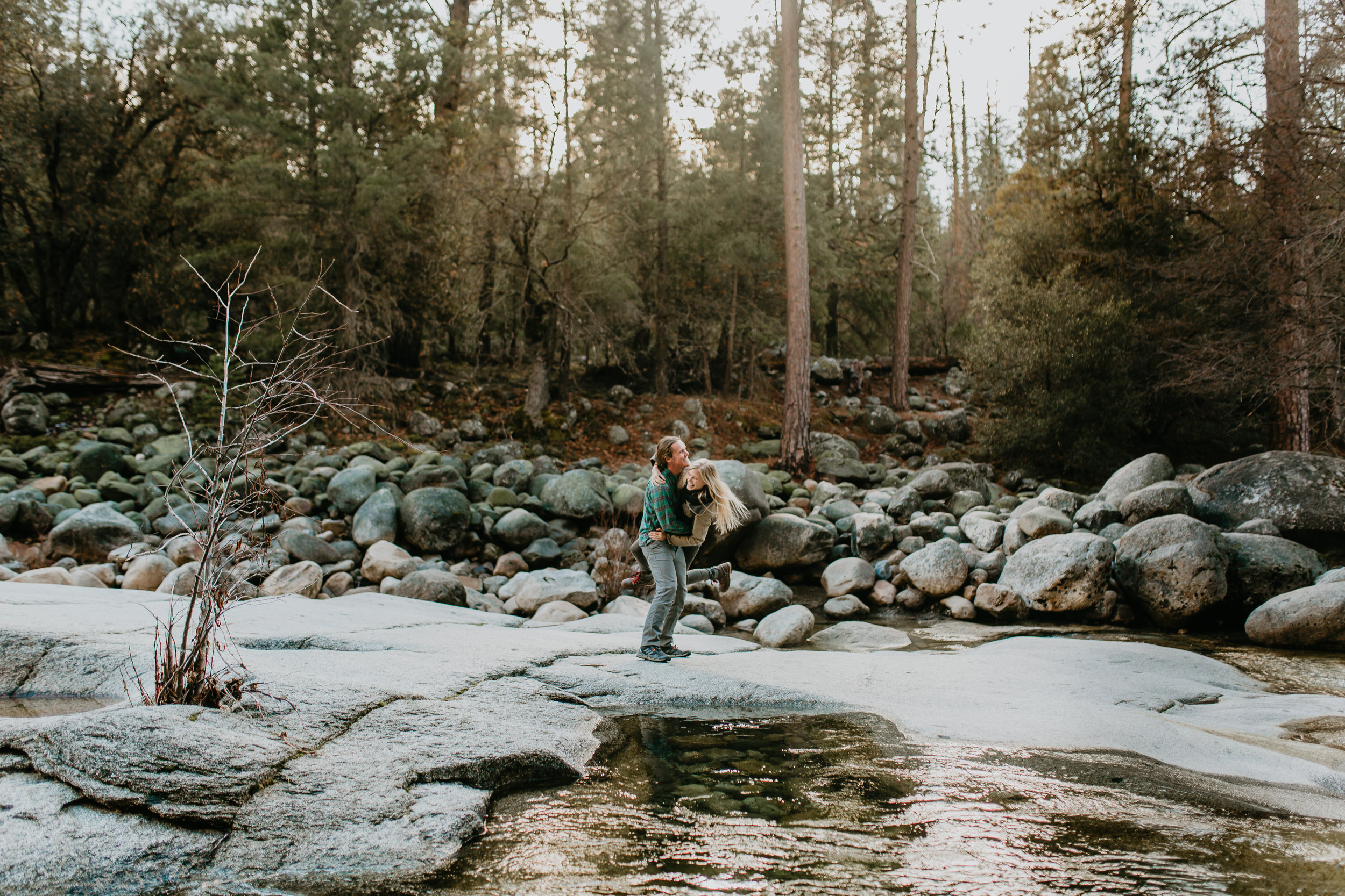 nicole-daacke-photography-yosemite-riverside-adventurous-engagement-photos-in-yosemite-national-park-elopement-photographer-weddings-travel-destination-wedding-eloping-elope-pine-forest-7.jpg