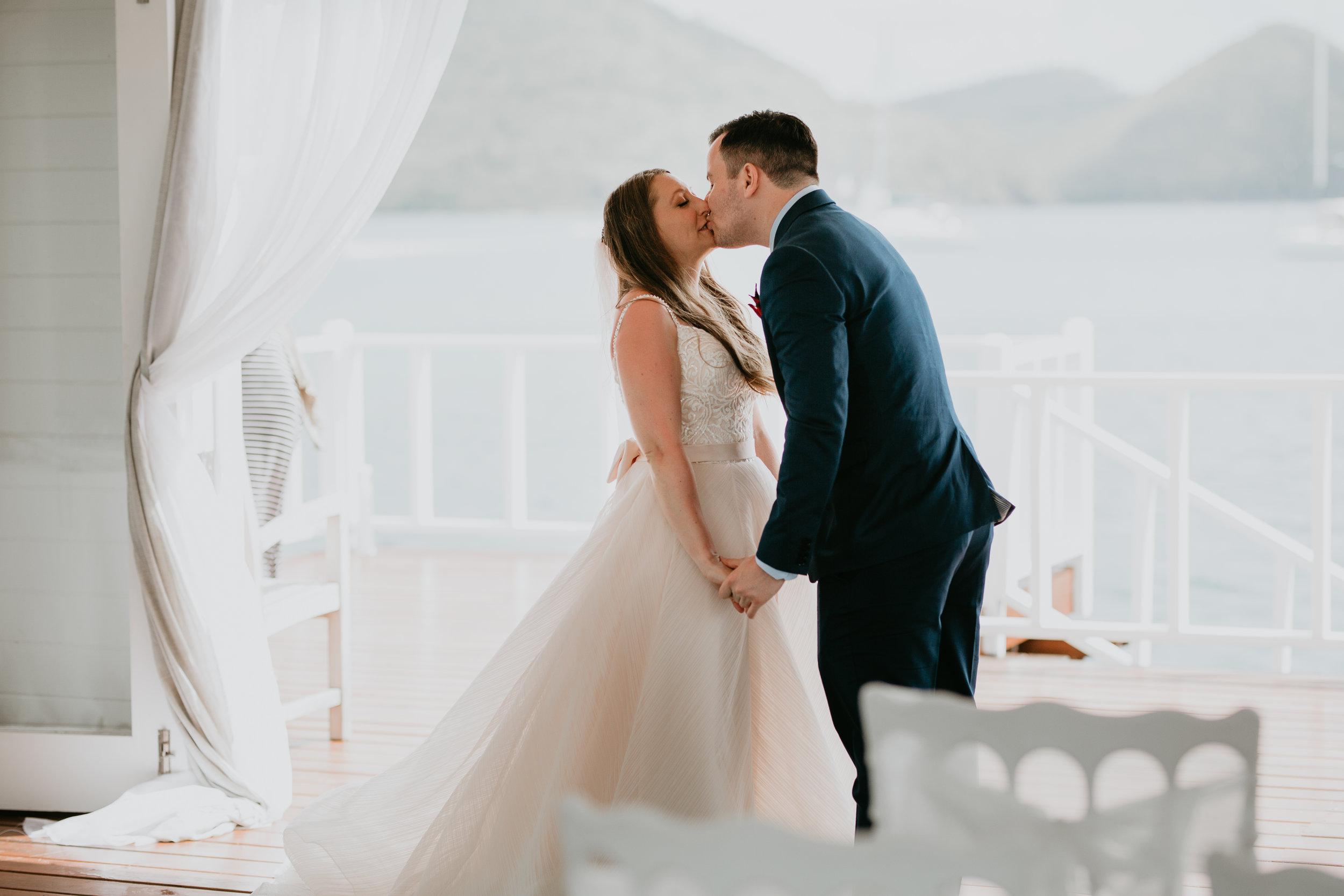 nicole-daacke-photography-destination-wedding-in-st-lucia-sandals-la-toc-intimate-island-wedding-carribean-elopement-photographer-chill-island-wedding-37.jpg