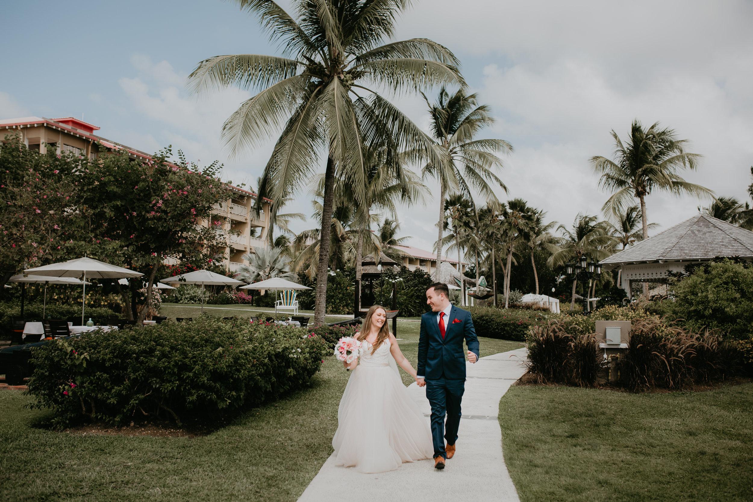 nicole-daacke-photography-destination-wedding-in-st-lucia-sandals-la-toc-intimate-island-wedding-carribean-elopement-photographer-chill-island-wedding-40.jpg