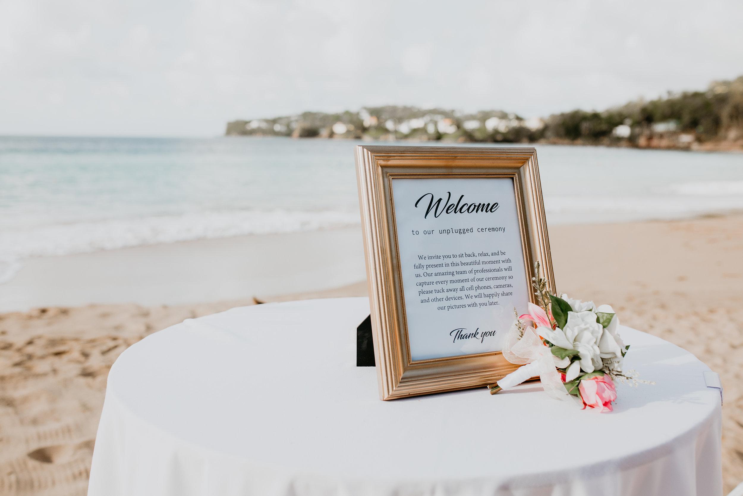 nicole-daacke-photography-destination-wedding-in-st-lucia-sandals-la-toc-intimate-island-wedding-carribean-elopement-photographer-chill-island-wedding-54.jpg