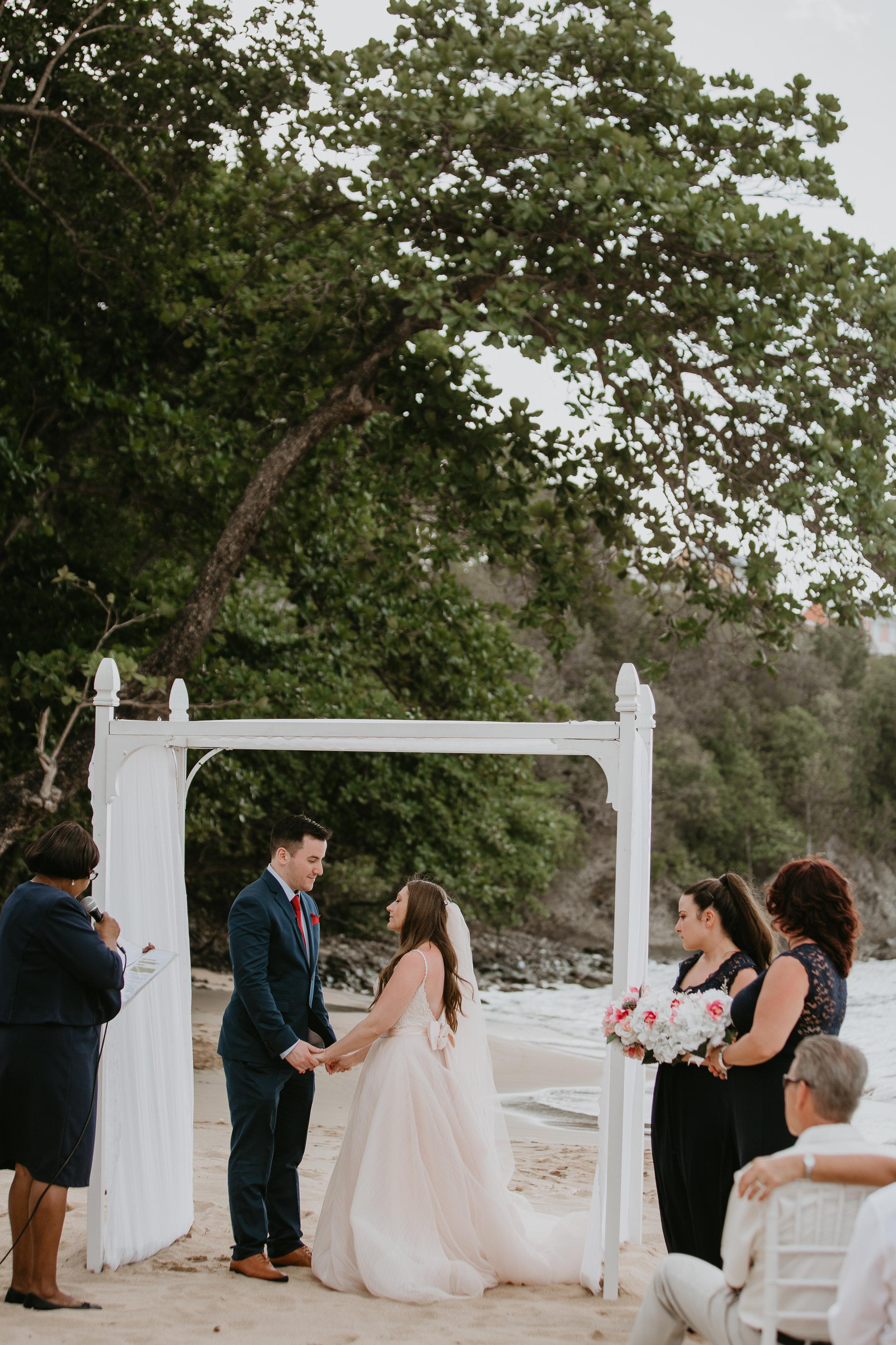 nicole-daacke-photography-destination-wedding-in-st-lucia-sandals-la-toc-intimate-island-wedding-carribean-elopement-photographer-chill-island-wedding-62.jpg
